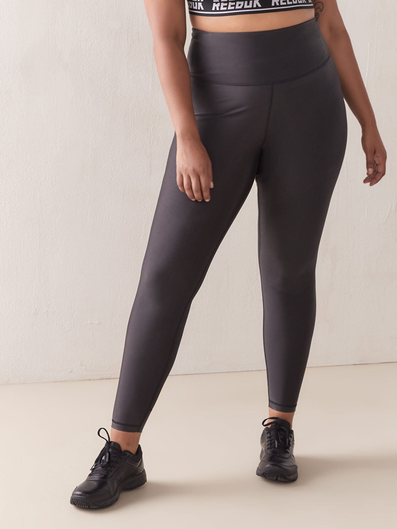 Lux Metallic Black Legging - Reebok