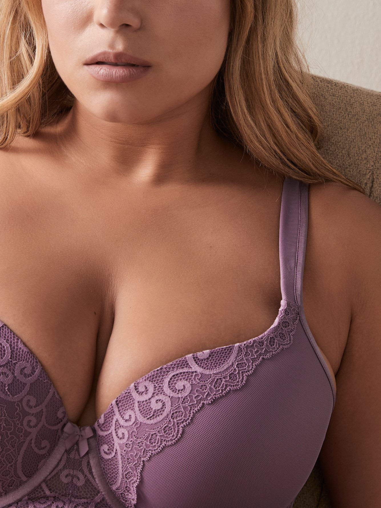 Long Line Contour Bra with Lace