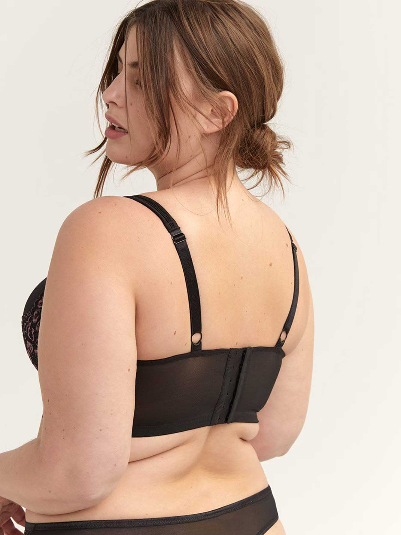 Long Line Bra with Lace, Sizes G & H - Déesse Collection