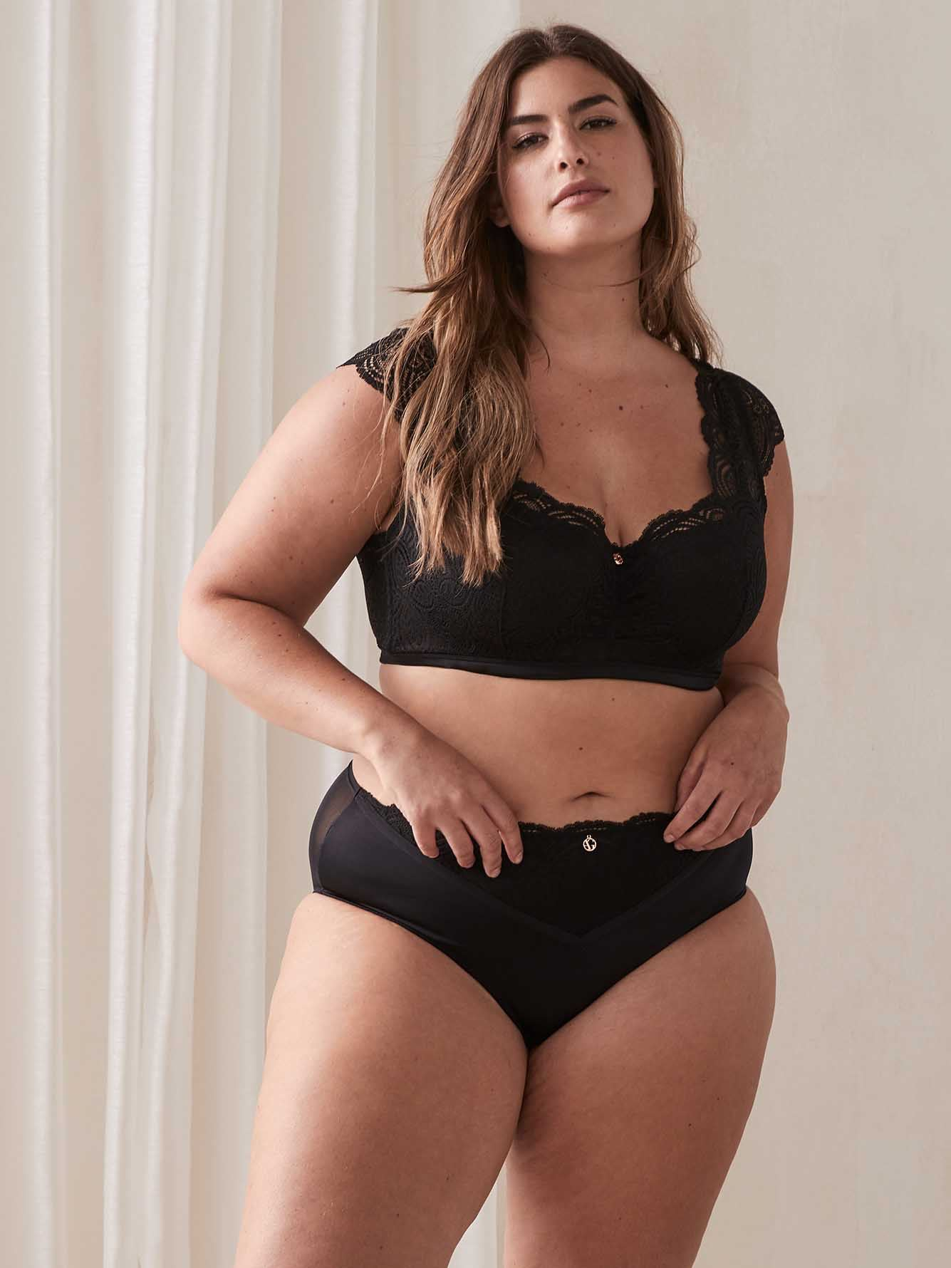 Ashley Graham - Long Line Demi Cup Diva Bra