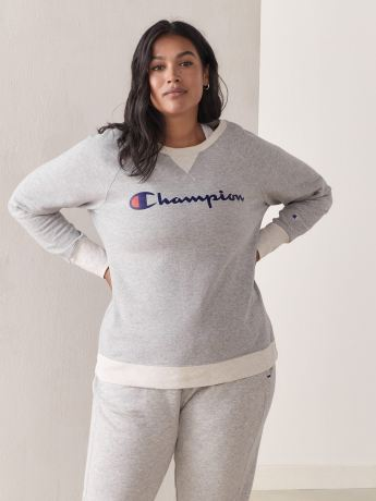 Crew Neck Powerblend Sweatshirt - Champion