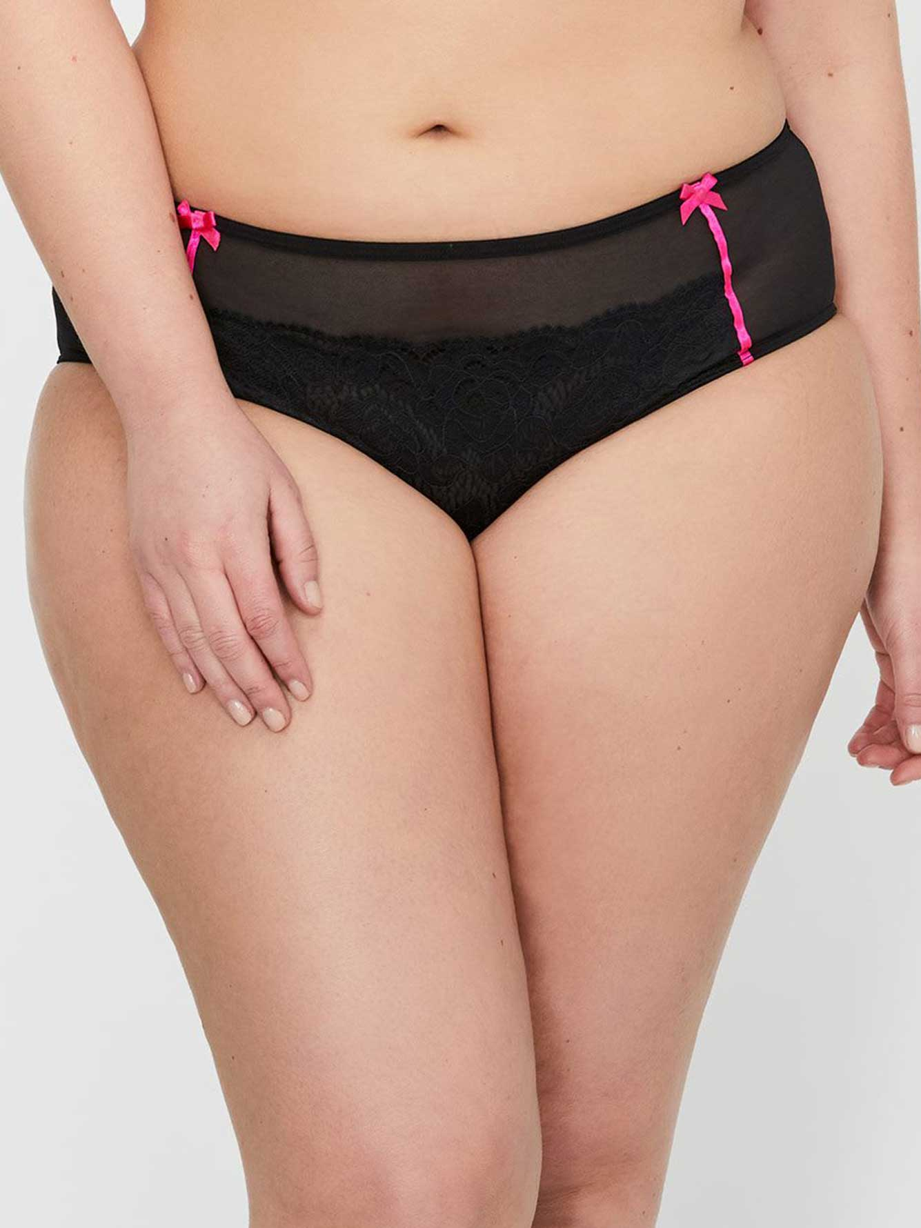 Déesse Collection - Low-Rise Panty with Mesh & Lace
