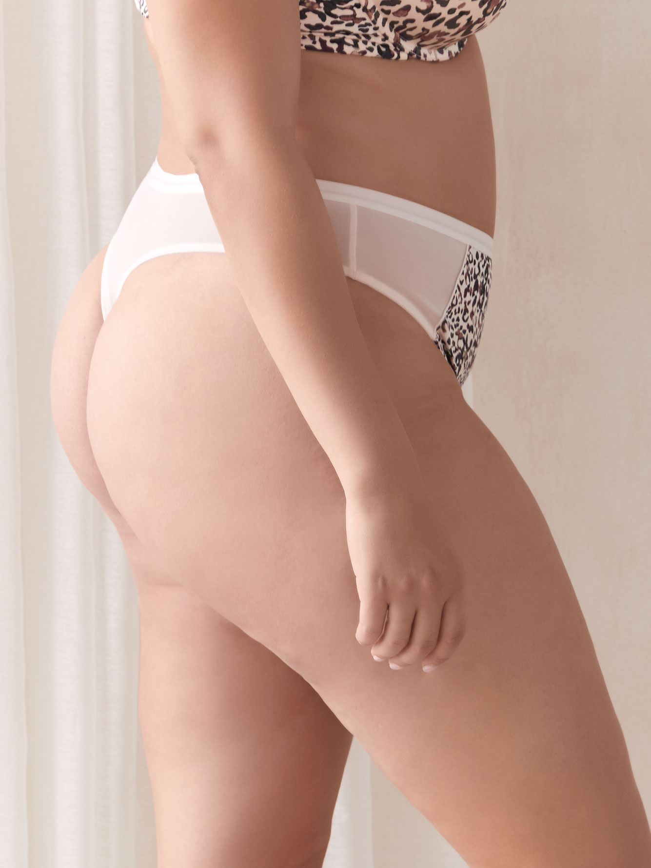 Culotte tanga à imprimé animal - Collection Déesse