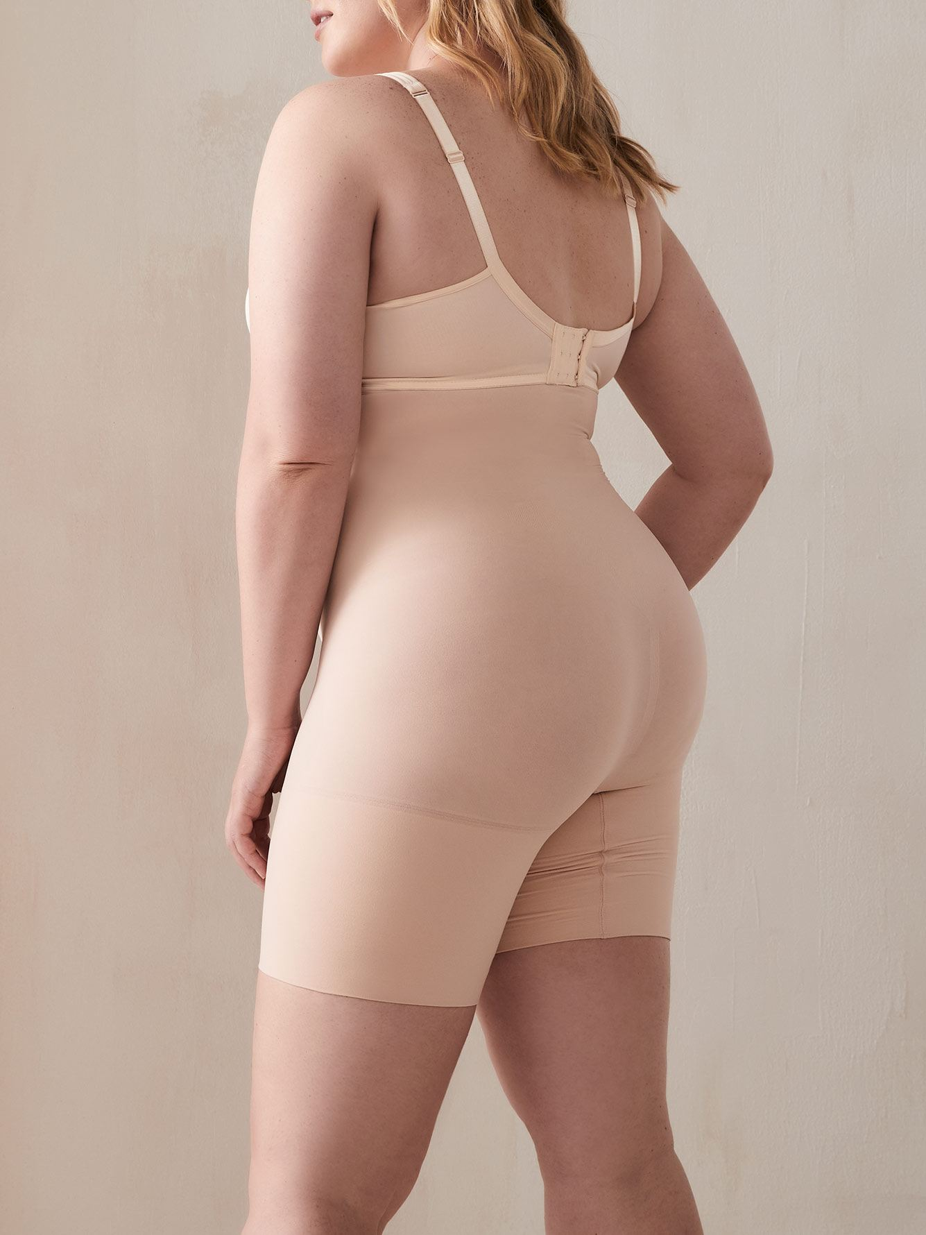 Higher Power Mid-Thigh Shapewear Shorts - Spanx