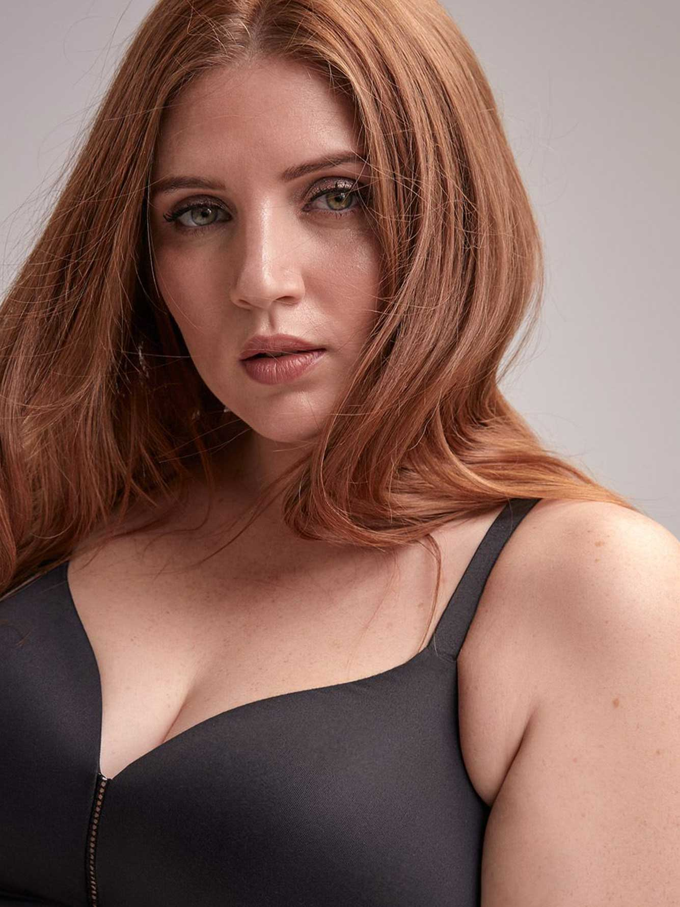 Passion Padded Wireless Bra, Sizes G & H - Déesse Collection