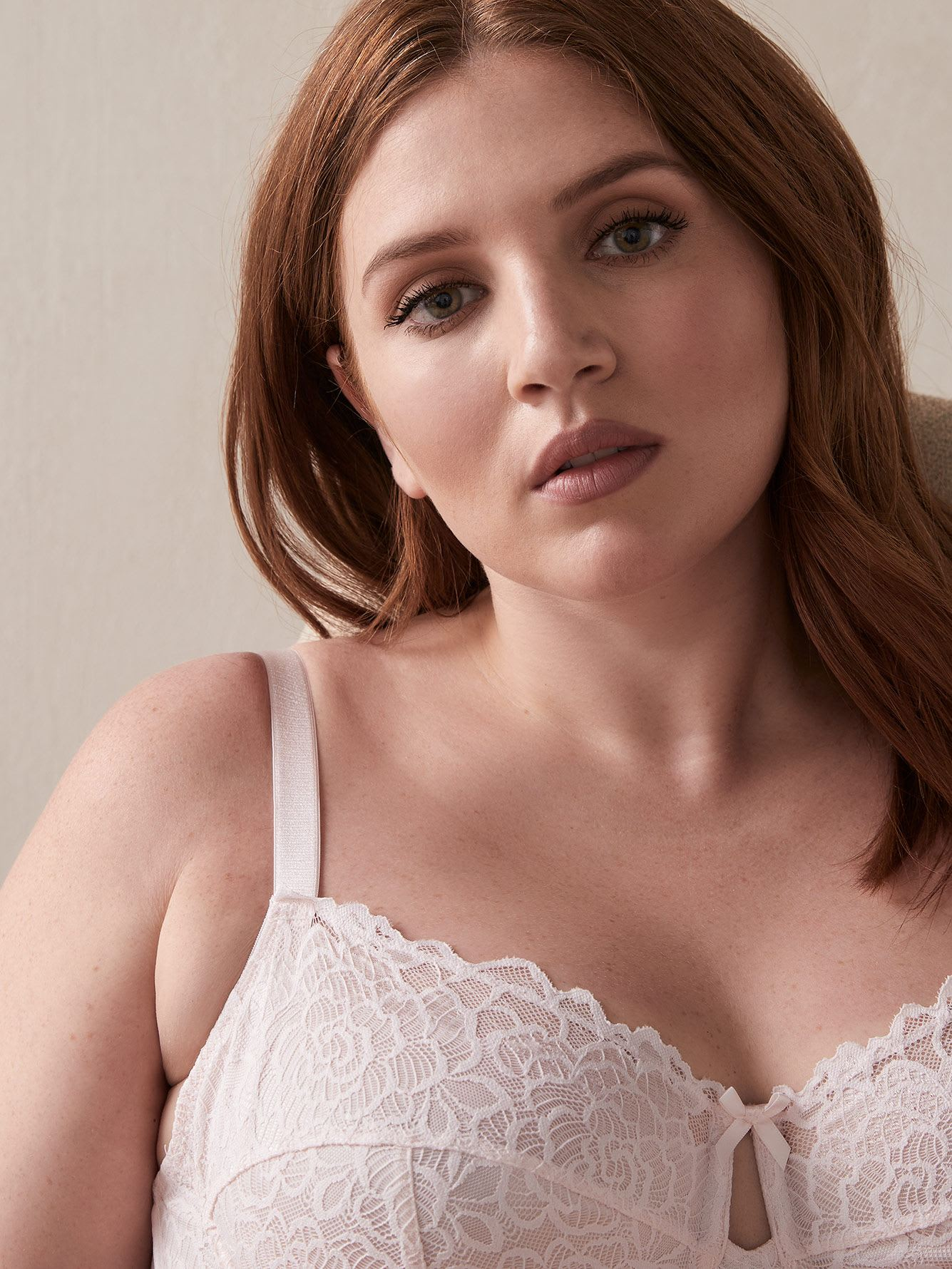 Femme Couture Bra, G & H Cups - Déesse Collection