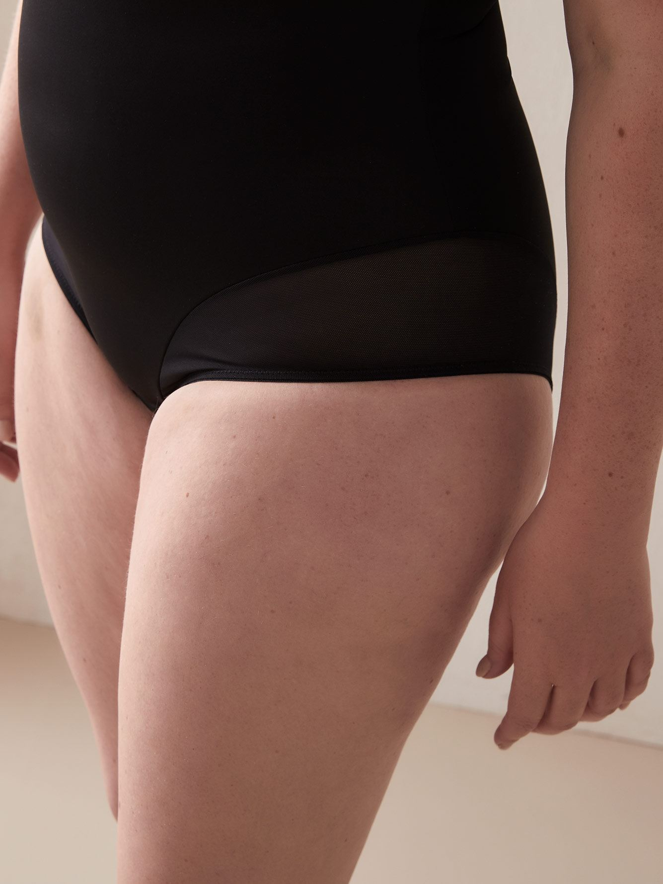 Open Bust Shapewear Bodysuit - Déesse Collection