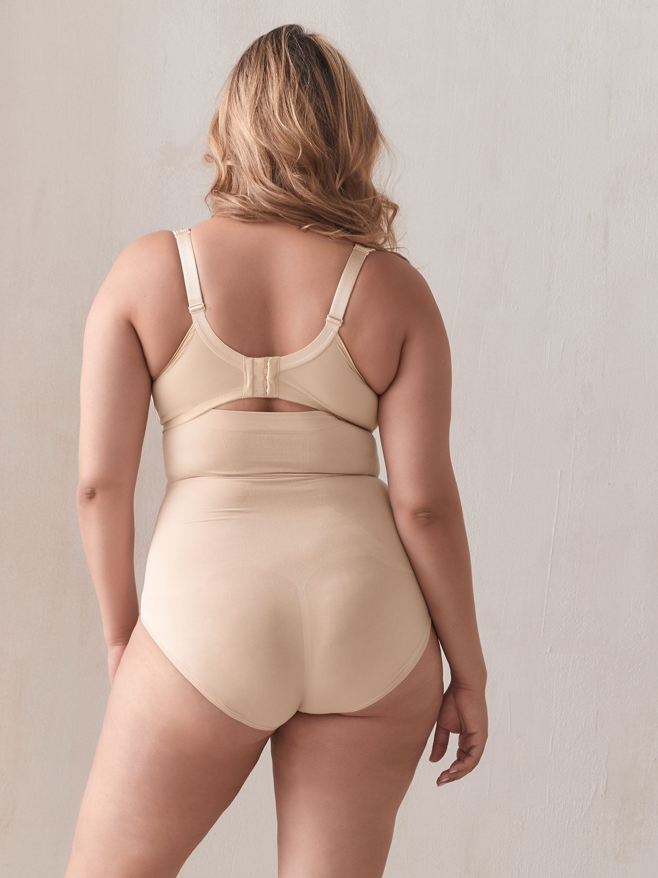 High-Waisted Oncore Shapewear Brief - Spanx