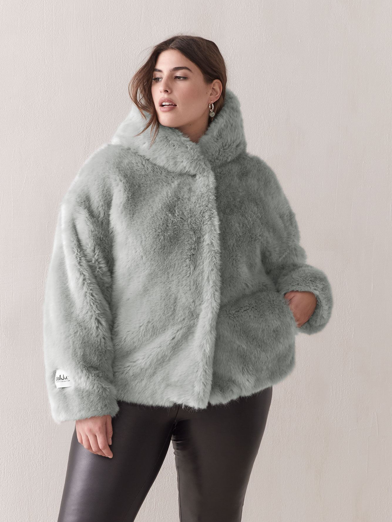 Daisy Oversized Faux Fur Jacket - jakke
