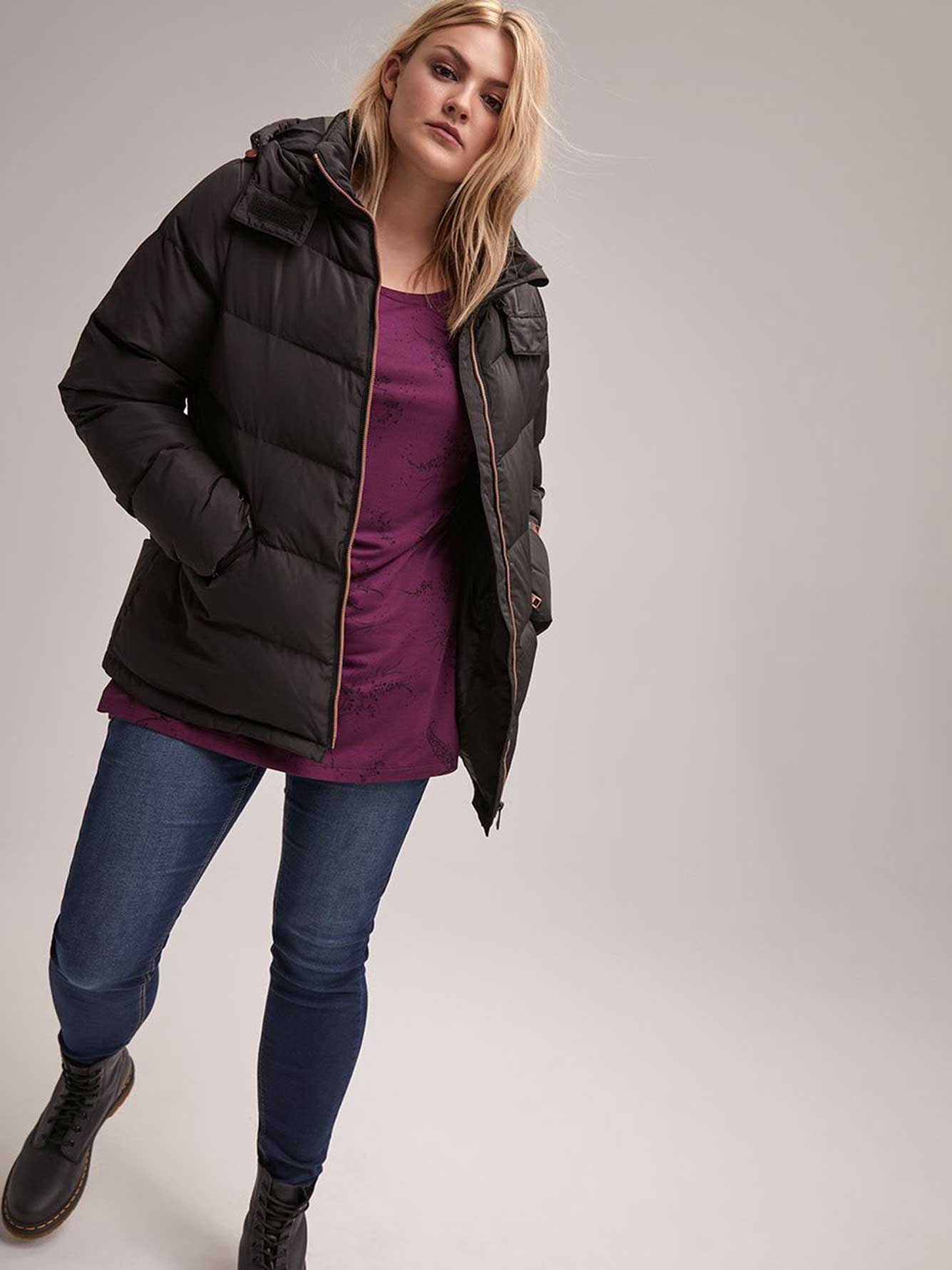Short Hooded Down Puffer Jacket - LIVIK