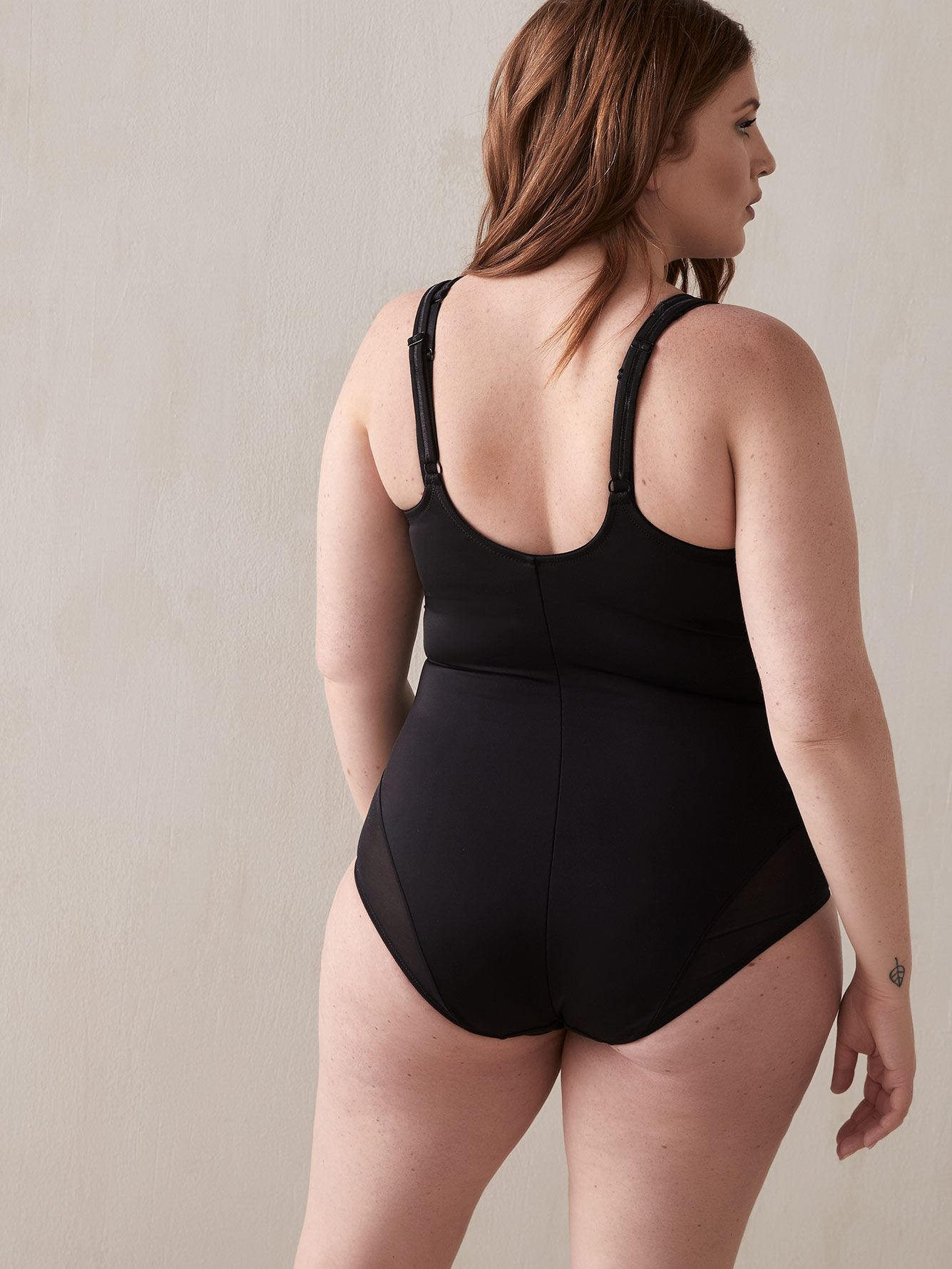 Open Bust Shapewear Bodysuit - Déesse Collection