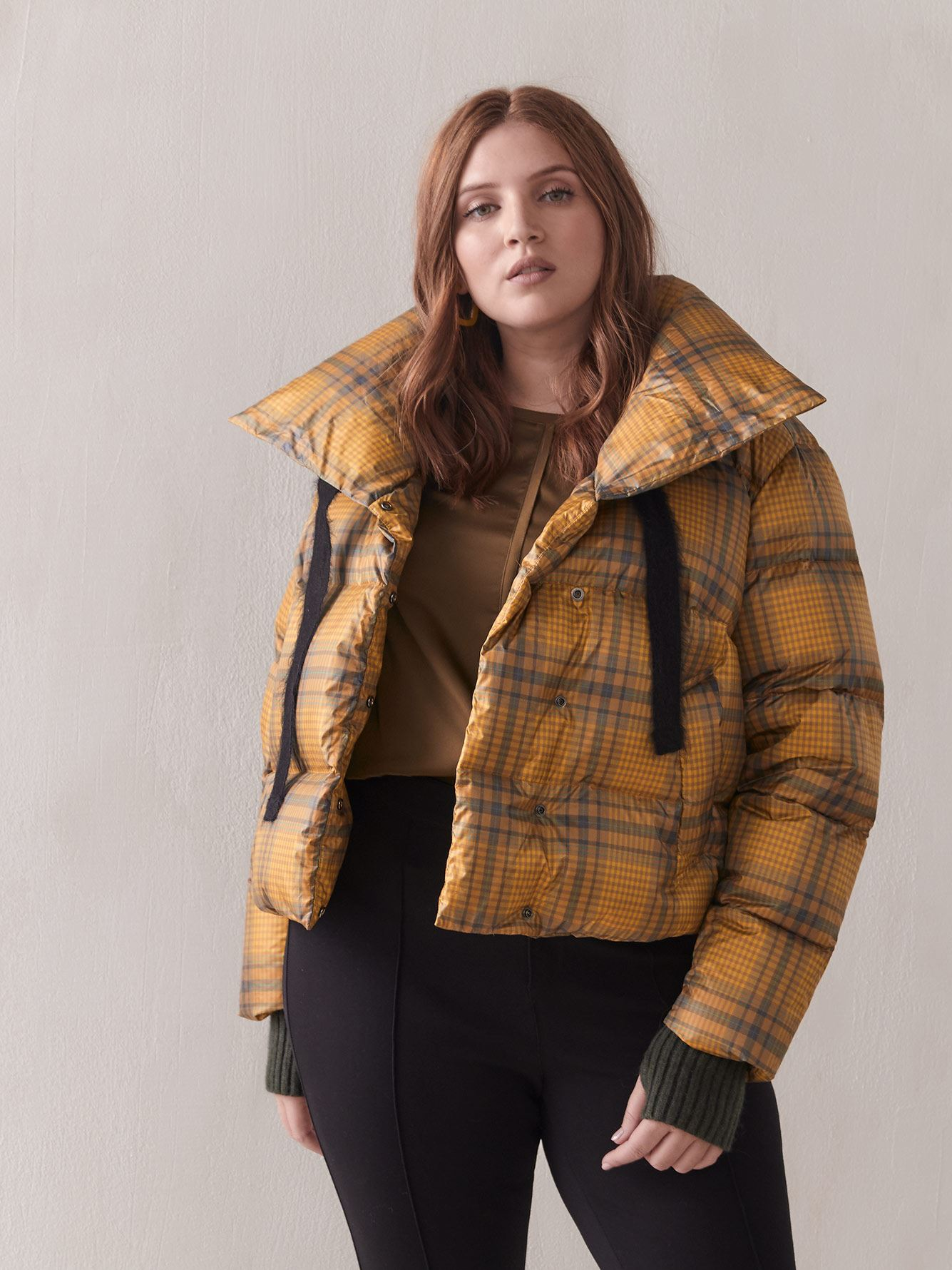Jazzy Plaid Short Puffer Jacket - Sosken