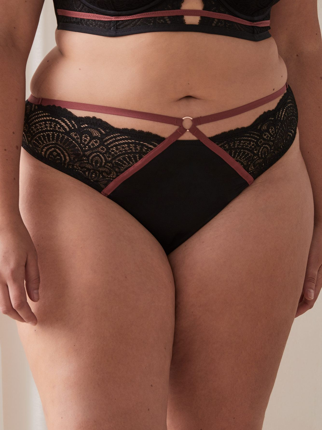 Ashley Graham - Micro & Lace Thong Panty