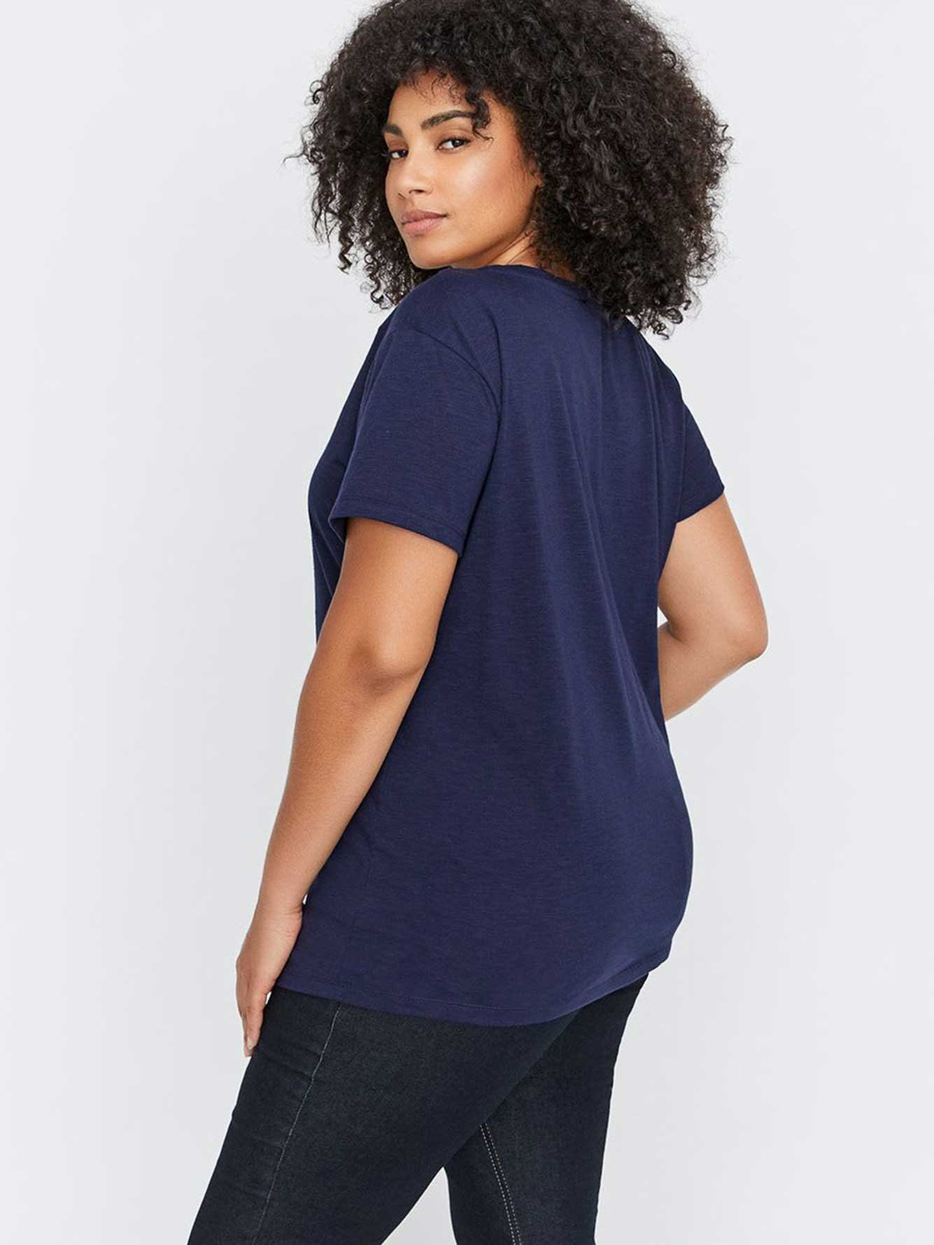 Graphic Scoop-Neck Essential Boyfriend T-Shirt - L&L