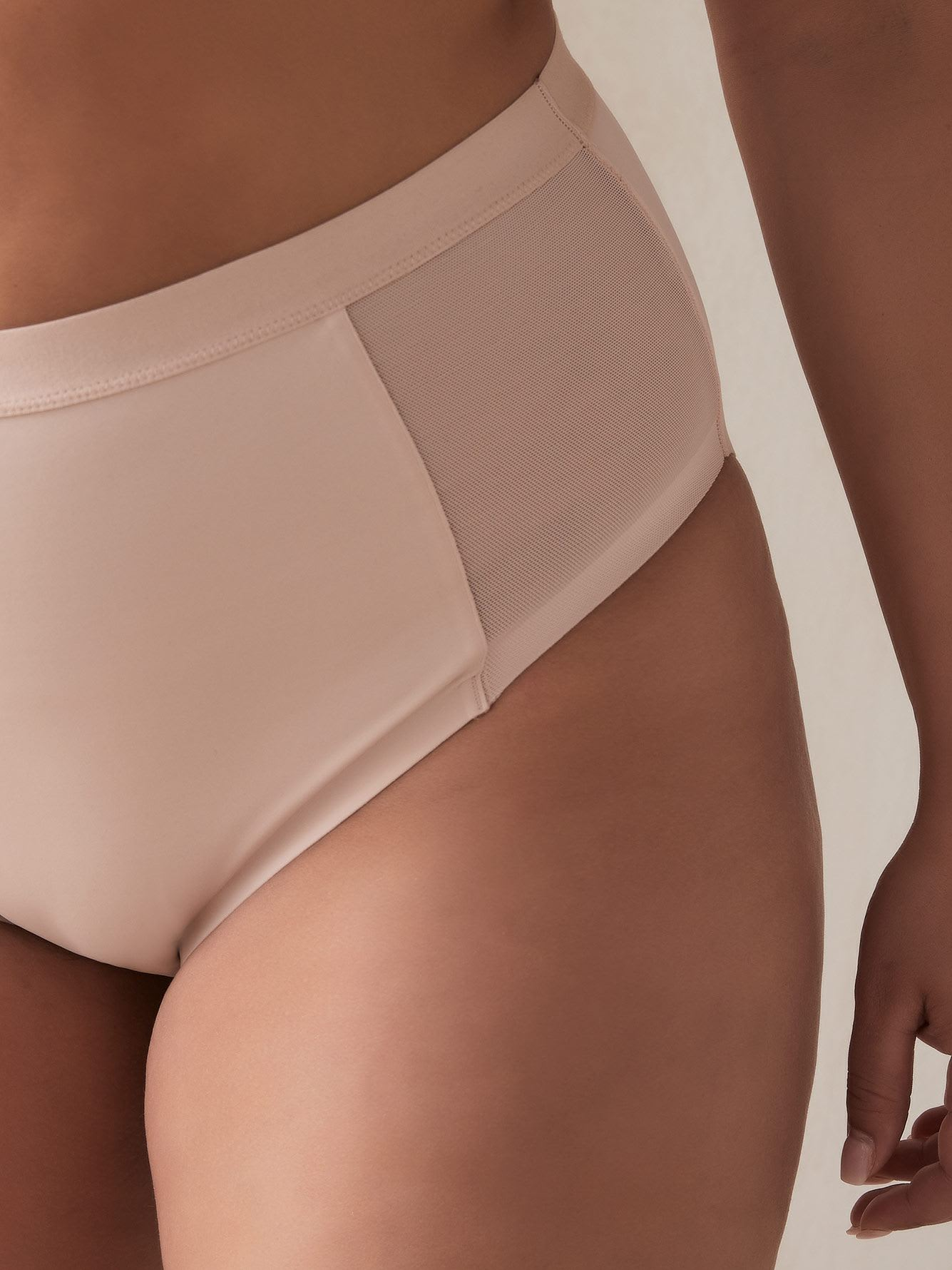 Shapewear Control Brief Panty with Mesh - Déesse Collection