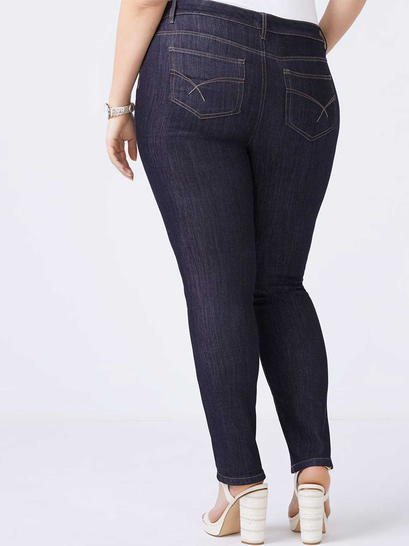 Straight Fit Straight Leg Jean - d/c JEANS