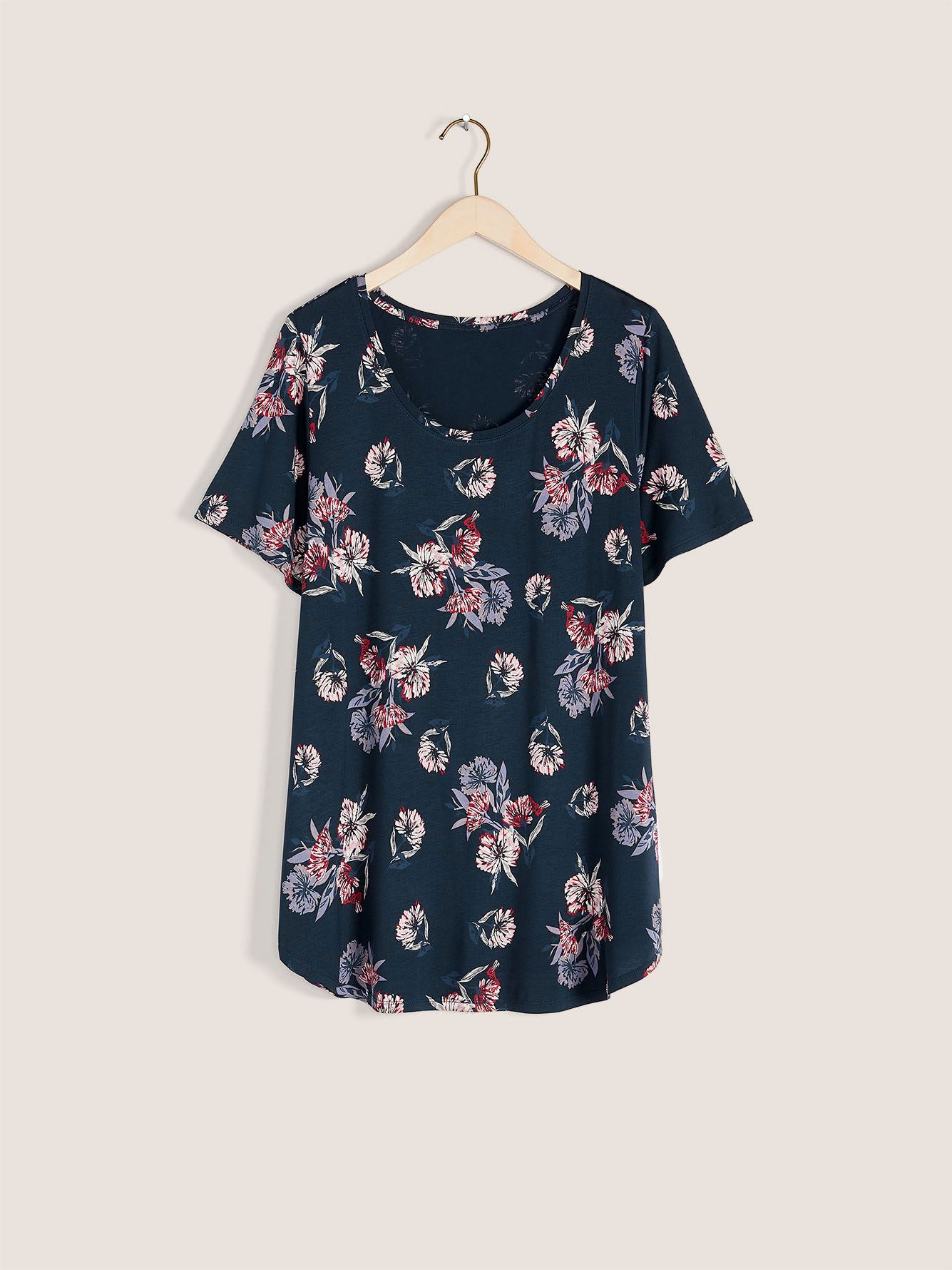 Printed Modern Scoop-Neck T-shirt - In Every Story