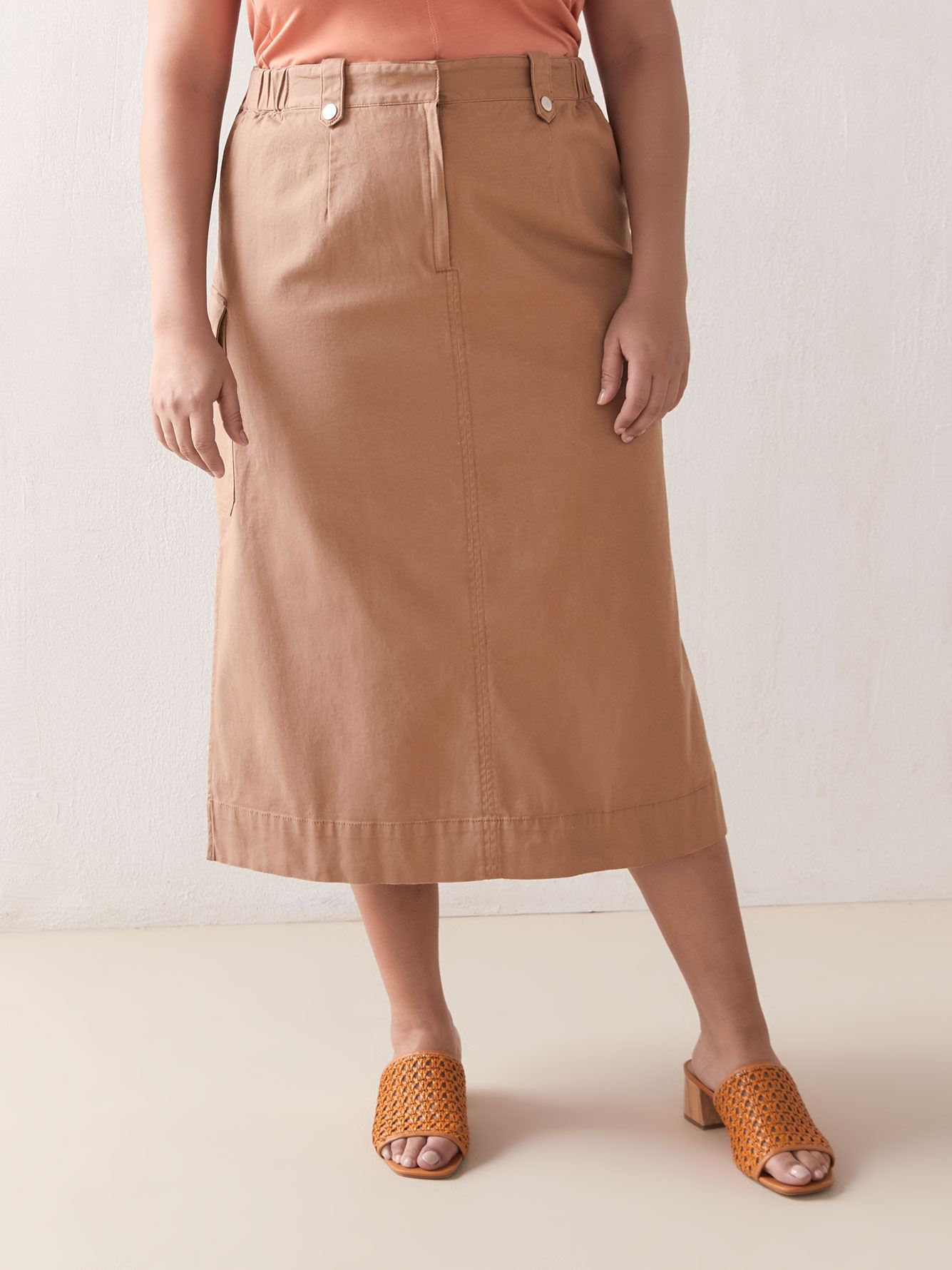 Solid High Waisted Cargo Skirt - Addition Elle