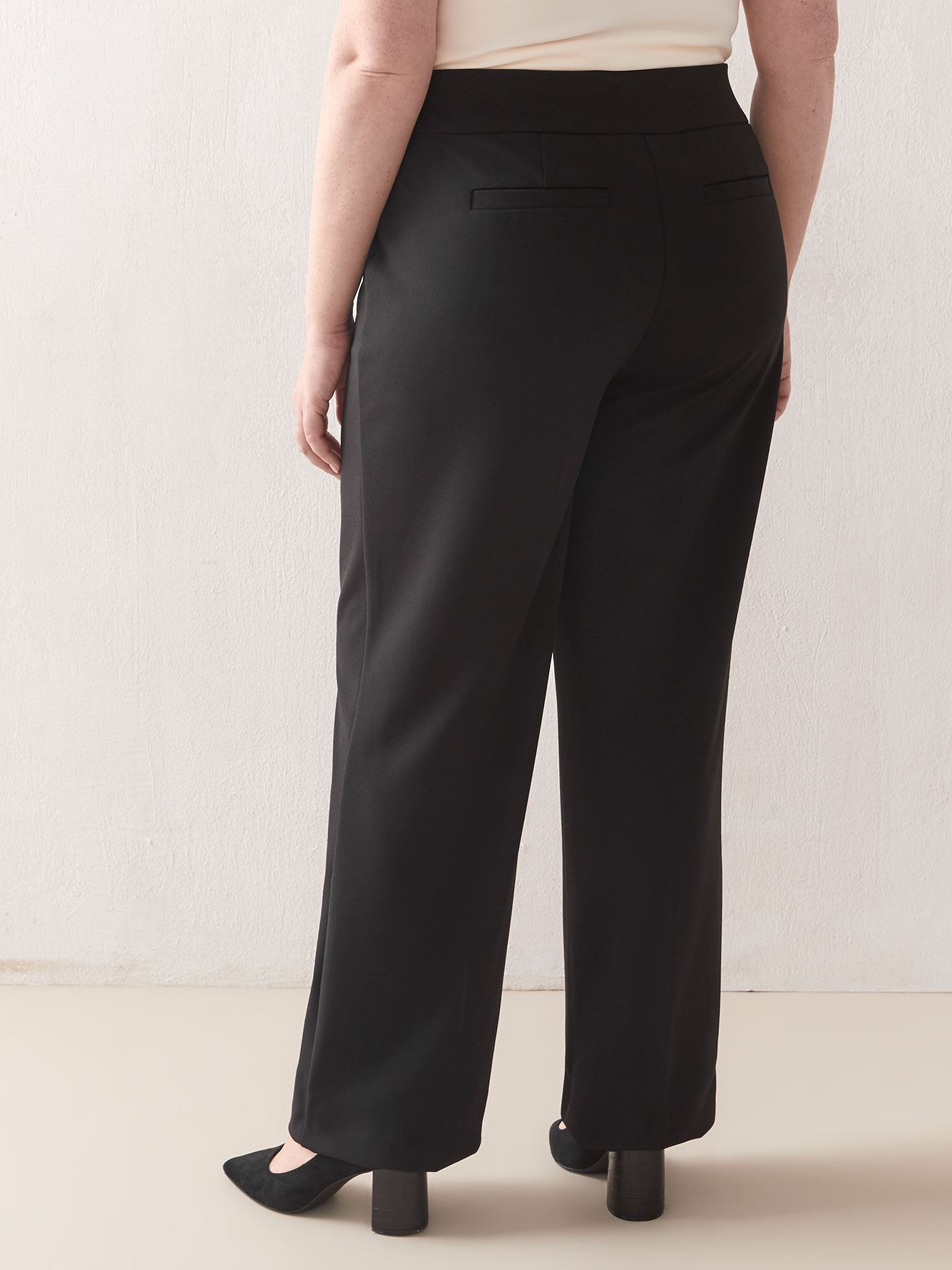 Petite, Wide Leg Pull-On Pant - In Every Story