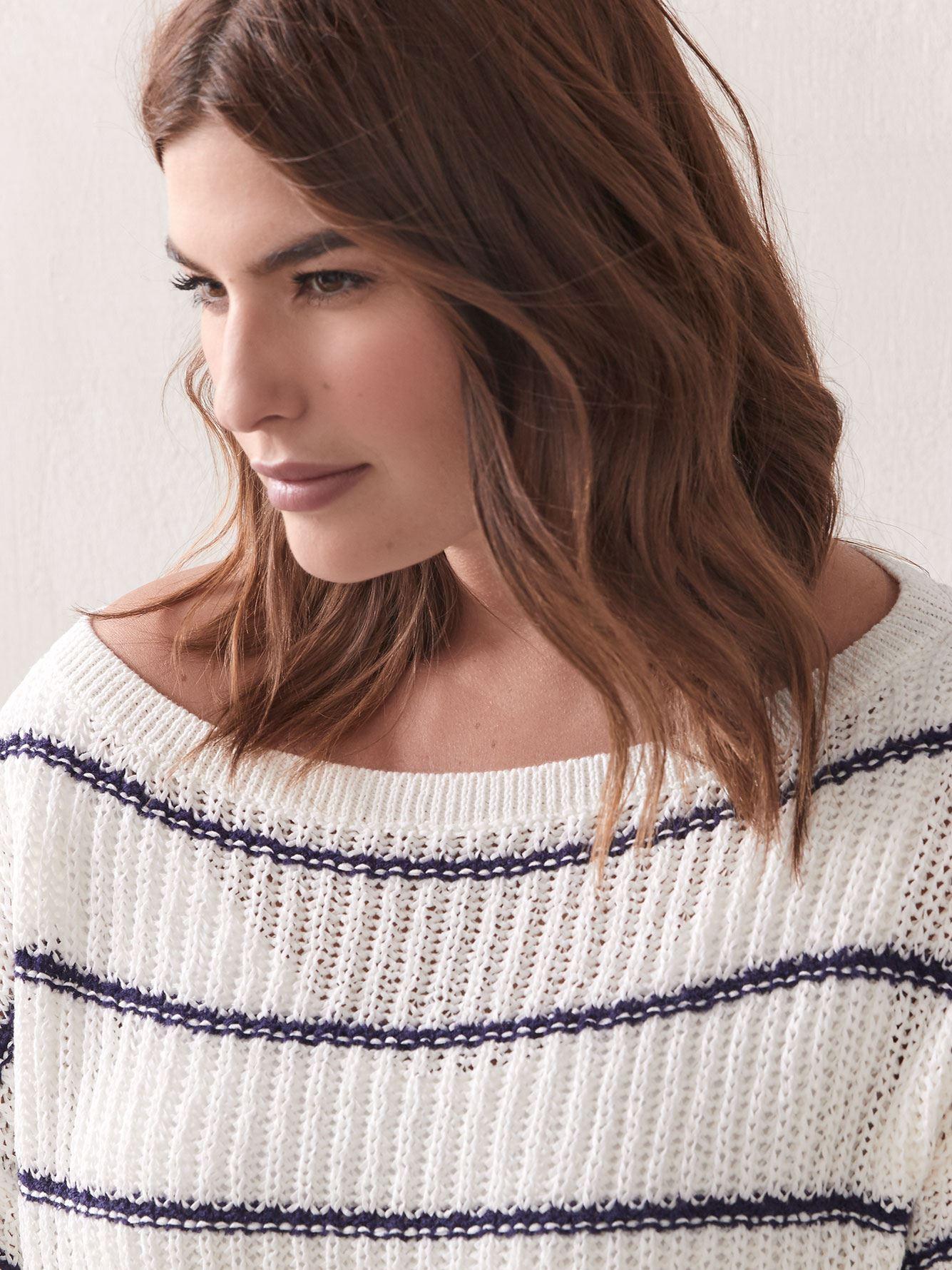 Loose-Fit Boat-Neck Sweater - Addition Elle