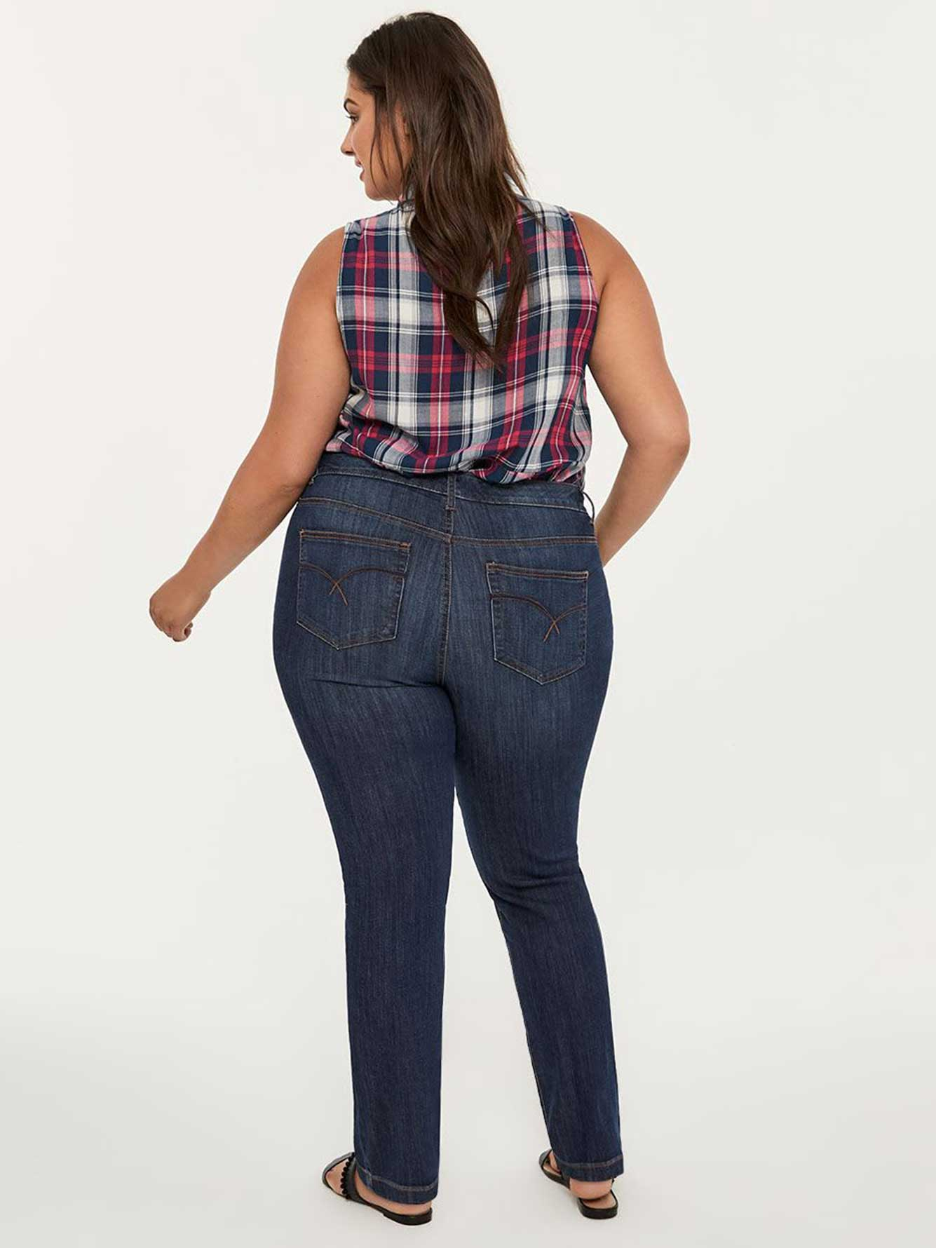 Petite Curvy Fit Straight Leg Jean with Embroidery - d/C JEANS