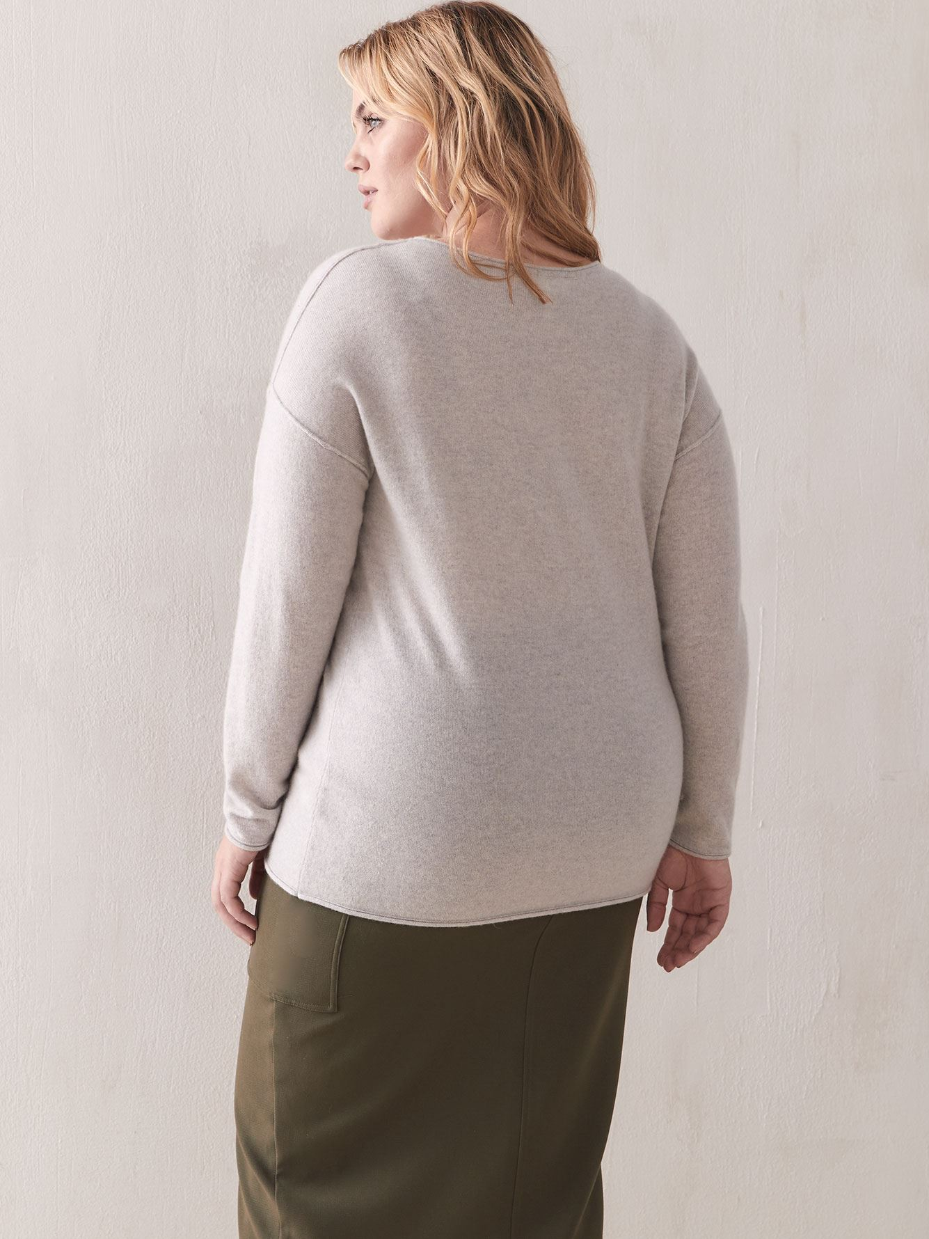 Cashmere V-Neck Sweater - Addition Elle