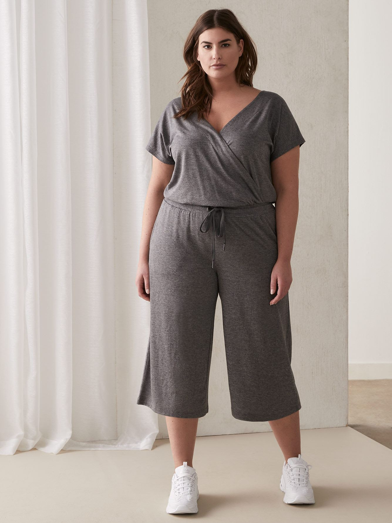 Relaxed Wide-Leg Jumpsuit - ActiveZone