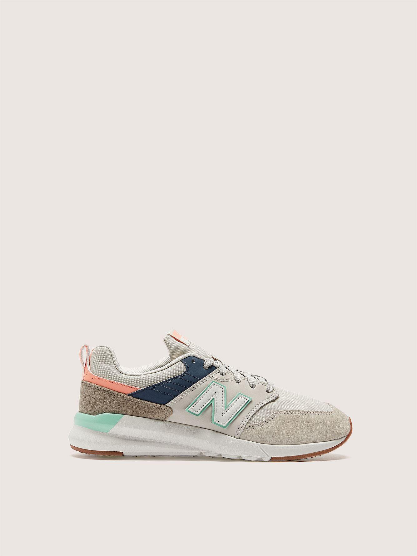 Wide Width Vintage Sneaker - New Balance
