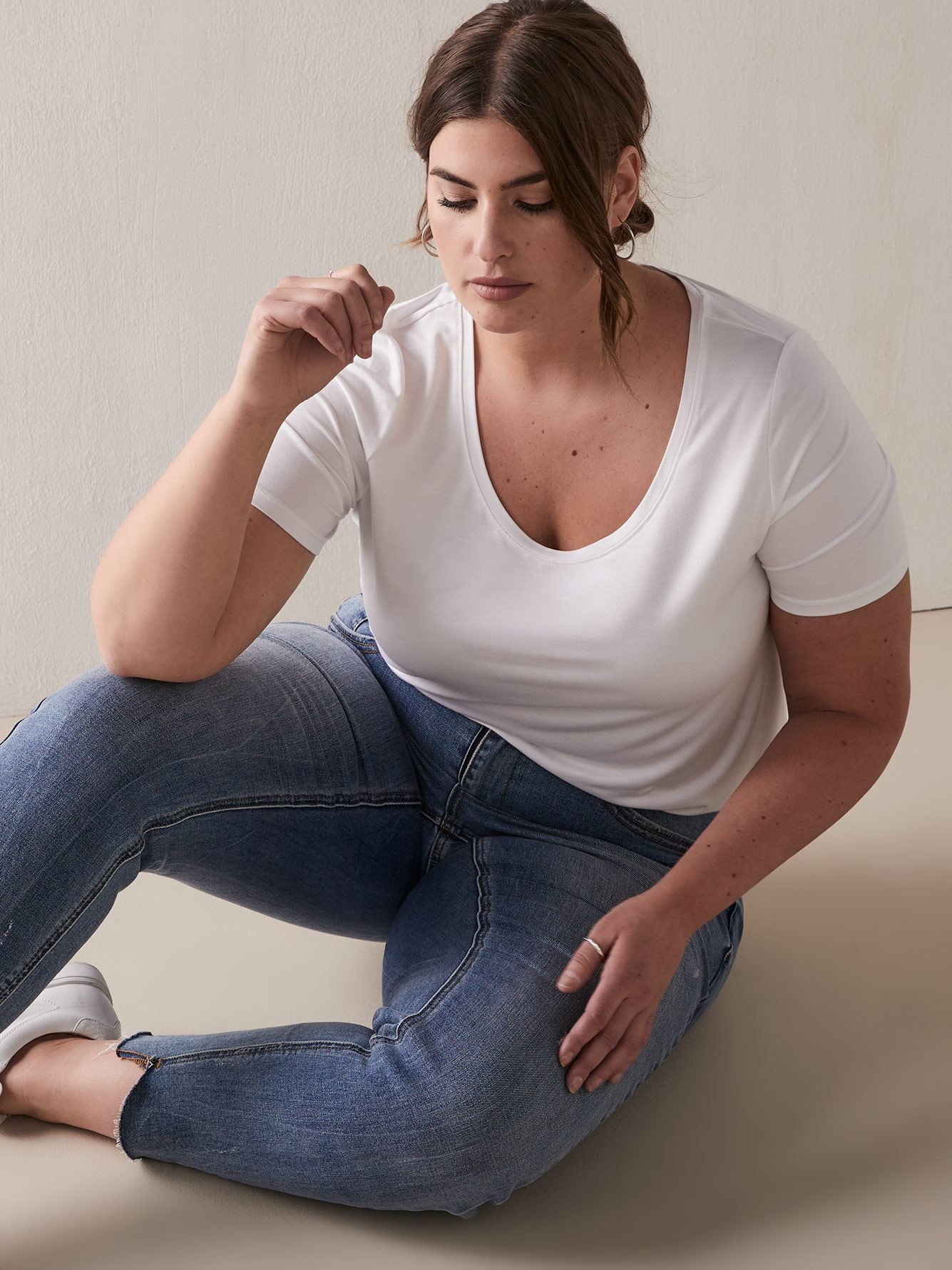 Modern Scoop-Neck T-shirt - Addition Elle