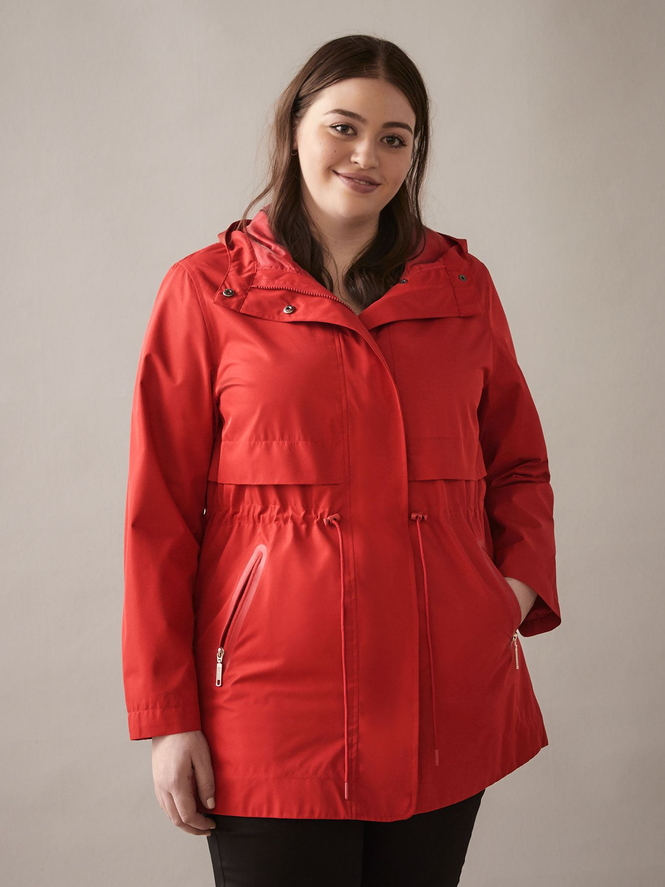 Mid-Length Essential Raincoat - In Every Story