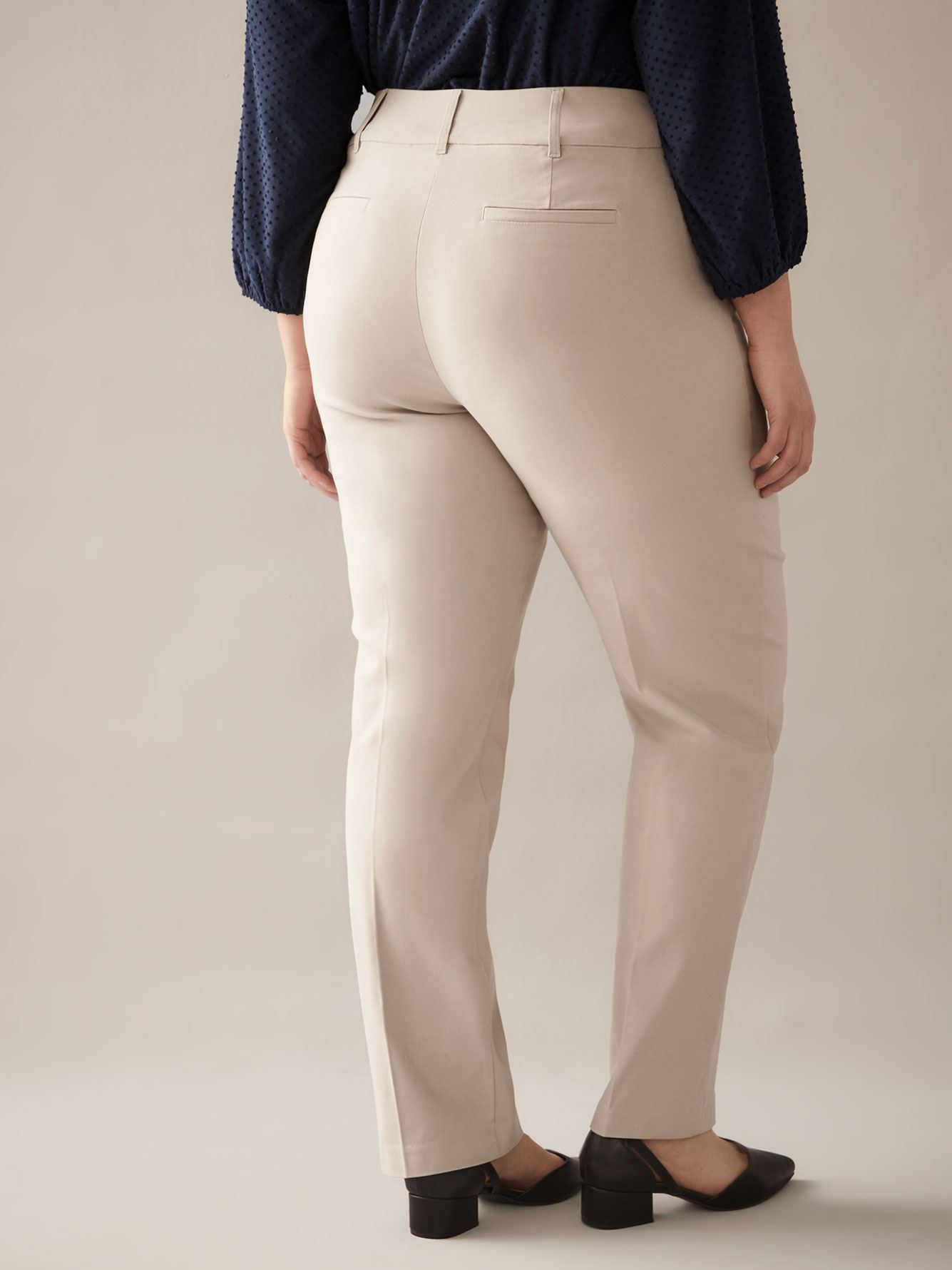 Savvy Straight-Leg Pant - In Every Story