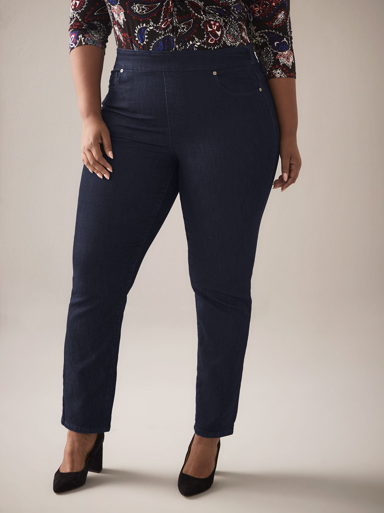Universal Fit, Straight Leg Jean with Elastic Waistband - In Every Story