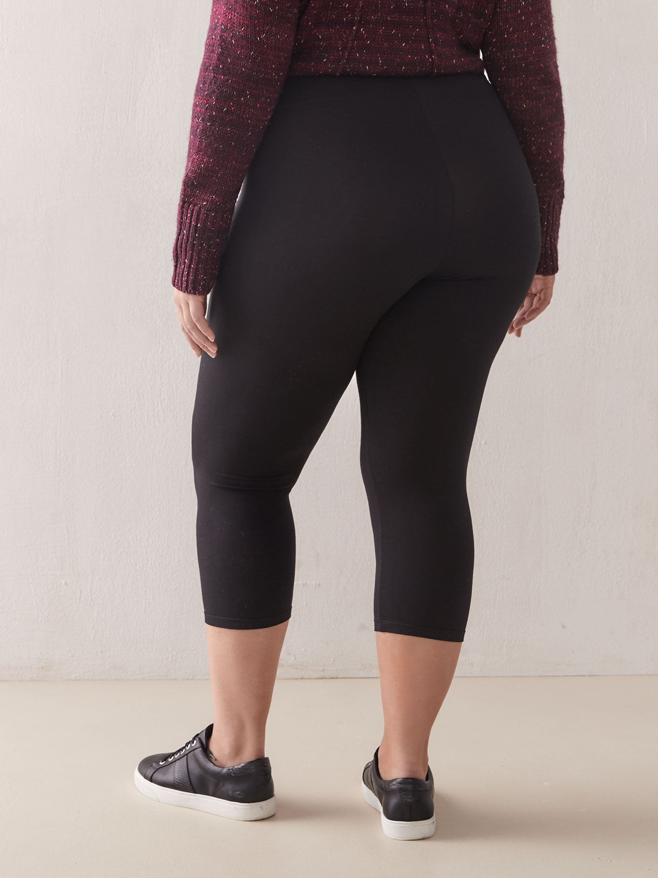 Basic Capri Leggings - Addition Elle