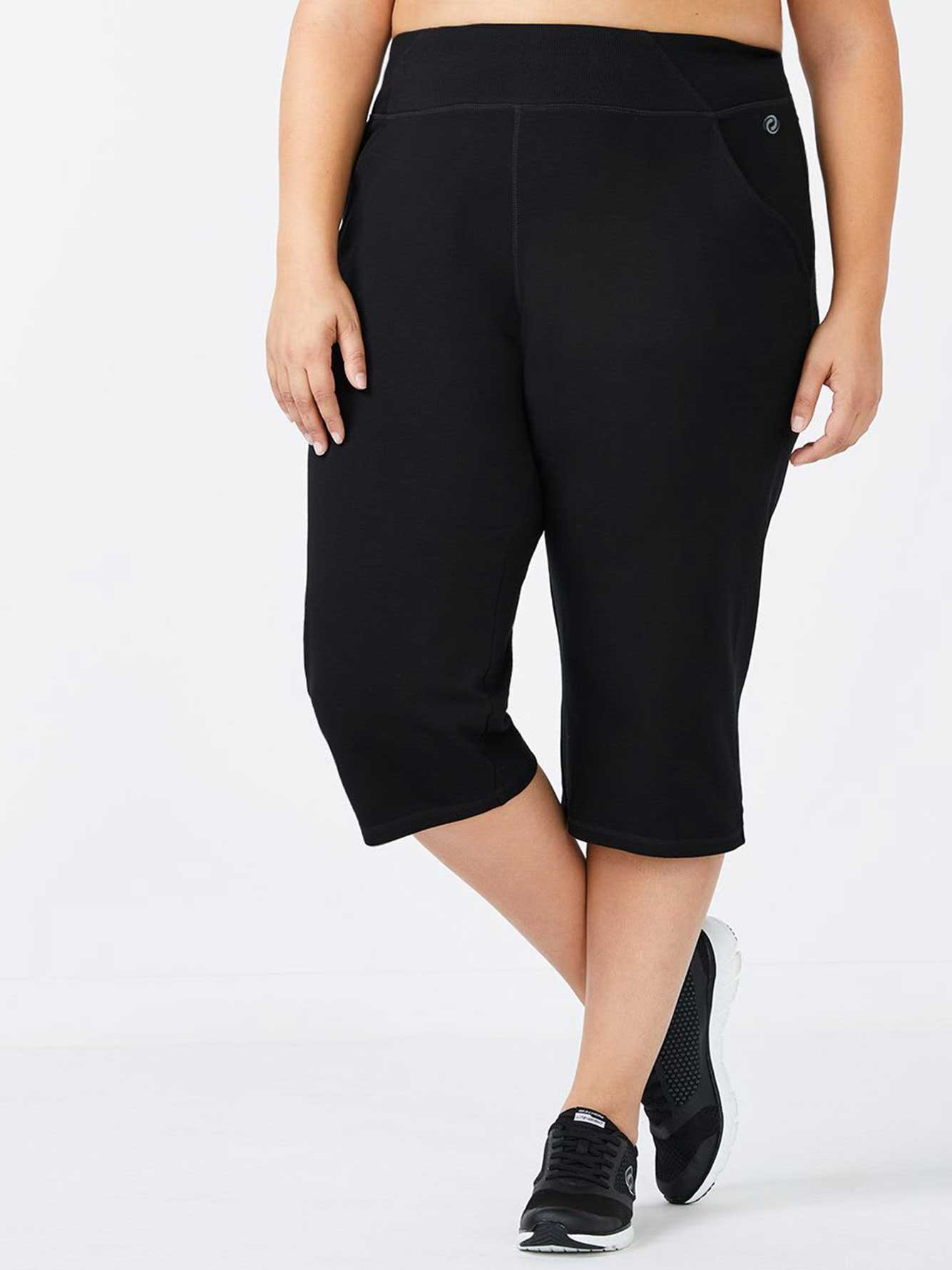 Basic Relaxed Plus-Size Capri