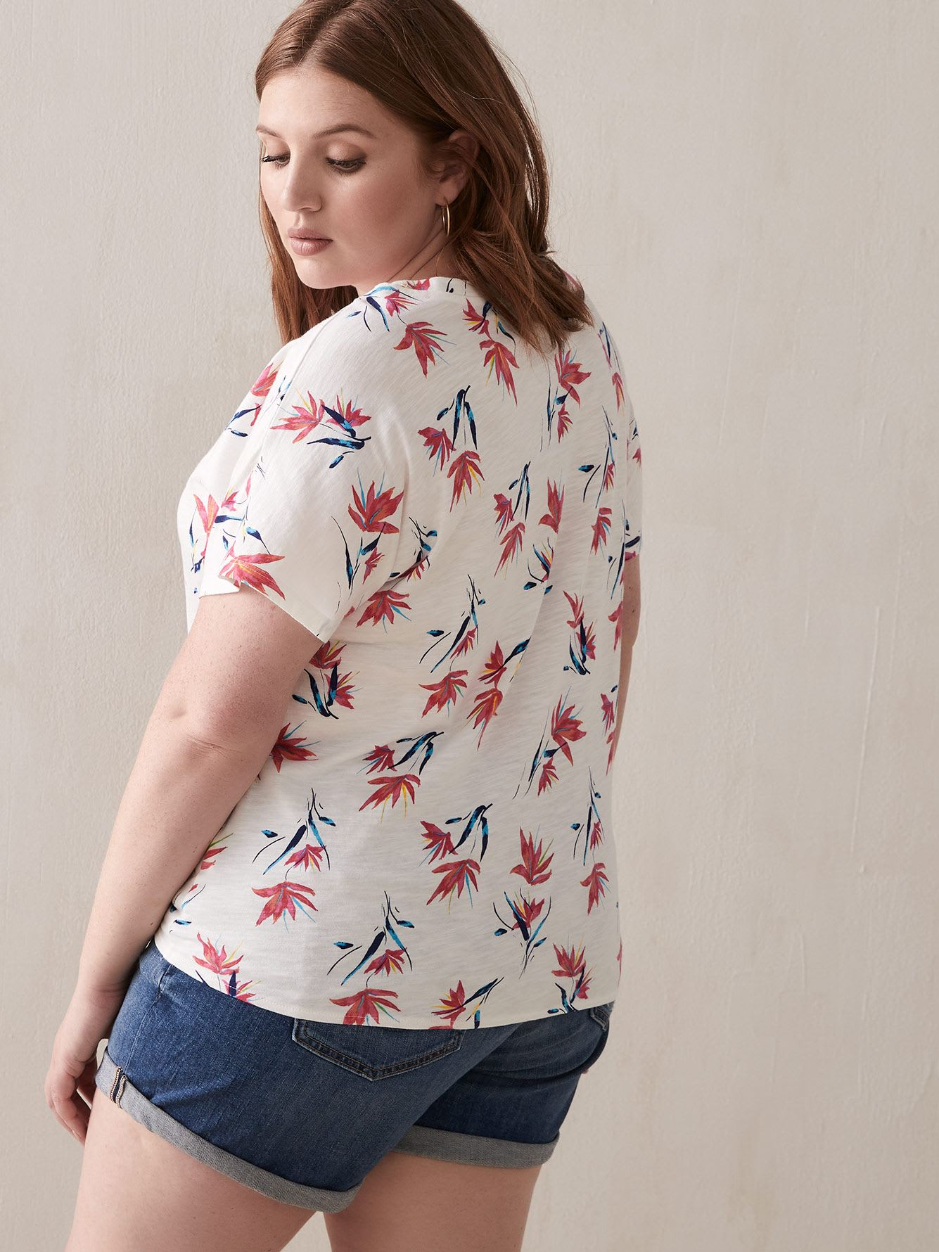 Dropped Shoulder Floral Top Tied in Front