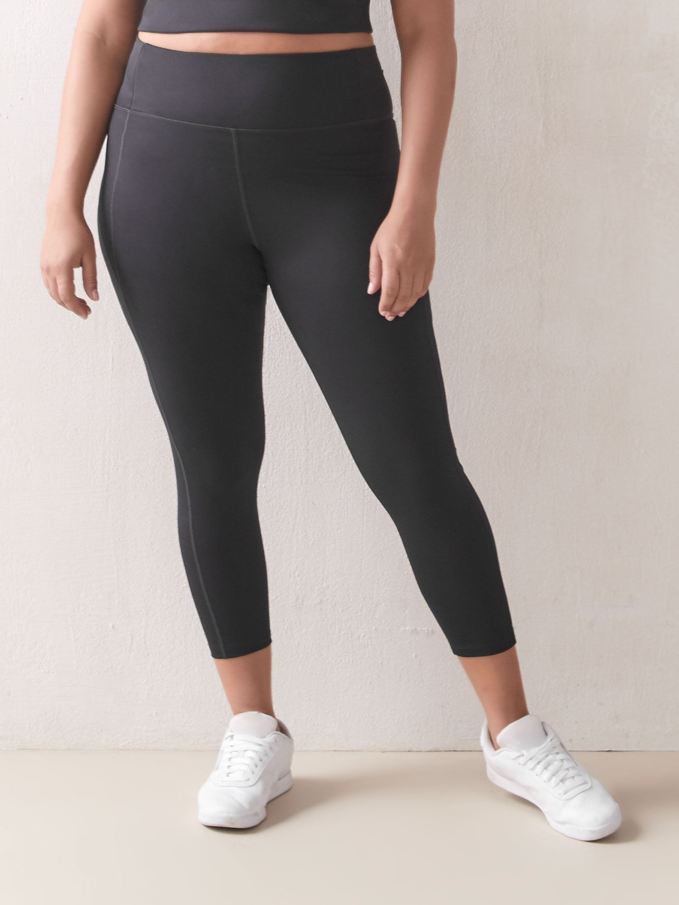 Black High-Rise 7/8 Compression Legging - Girlfriend Collective