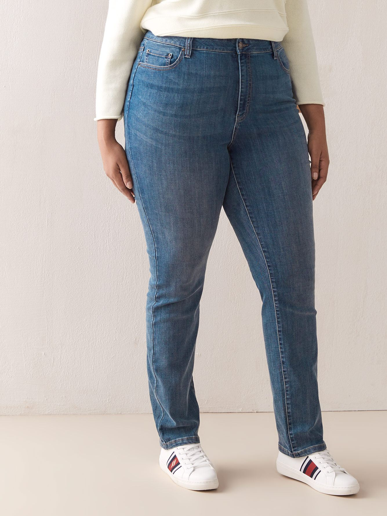 Universal Fit,Tall, Straight Leg Jean - d/C JEANS