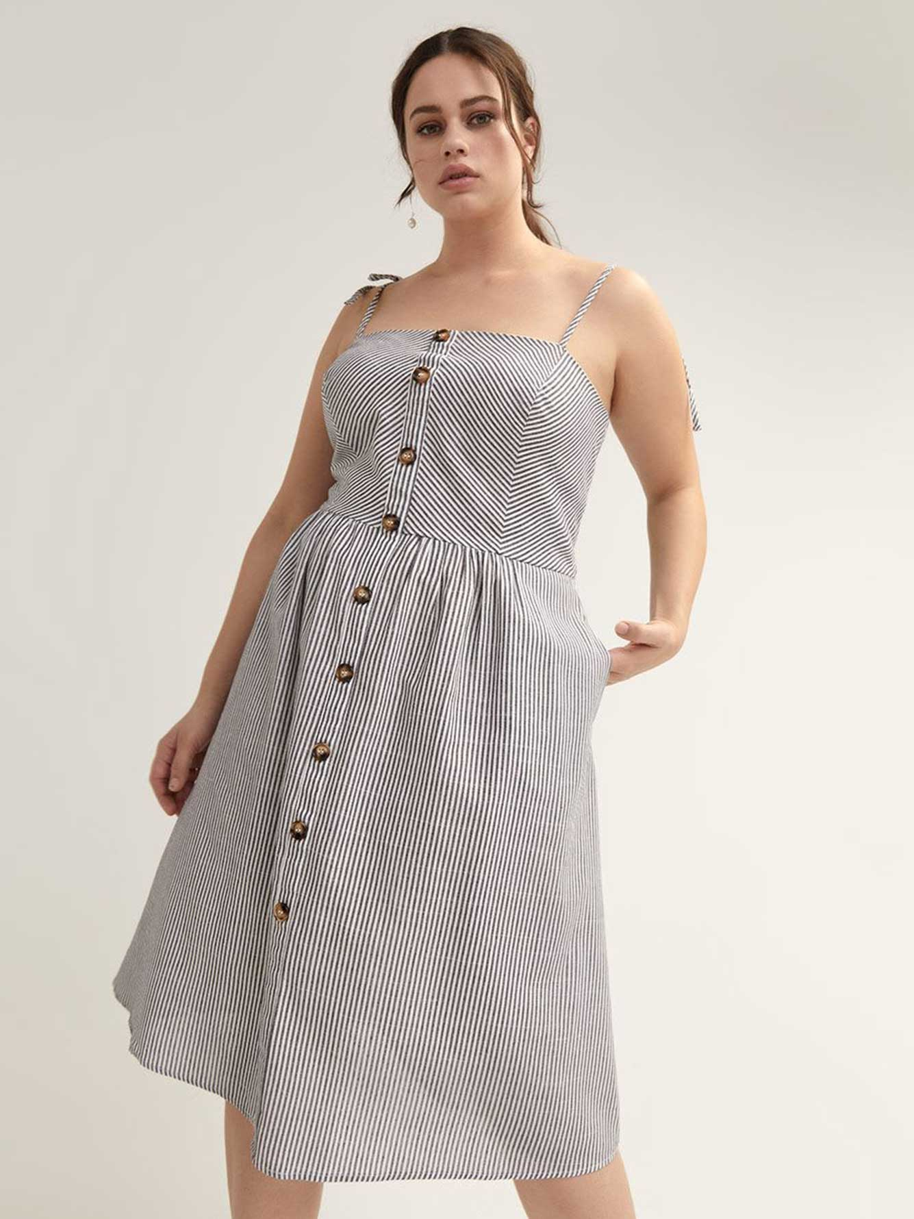 Button-Front Sleeveless Dress - City Chic