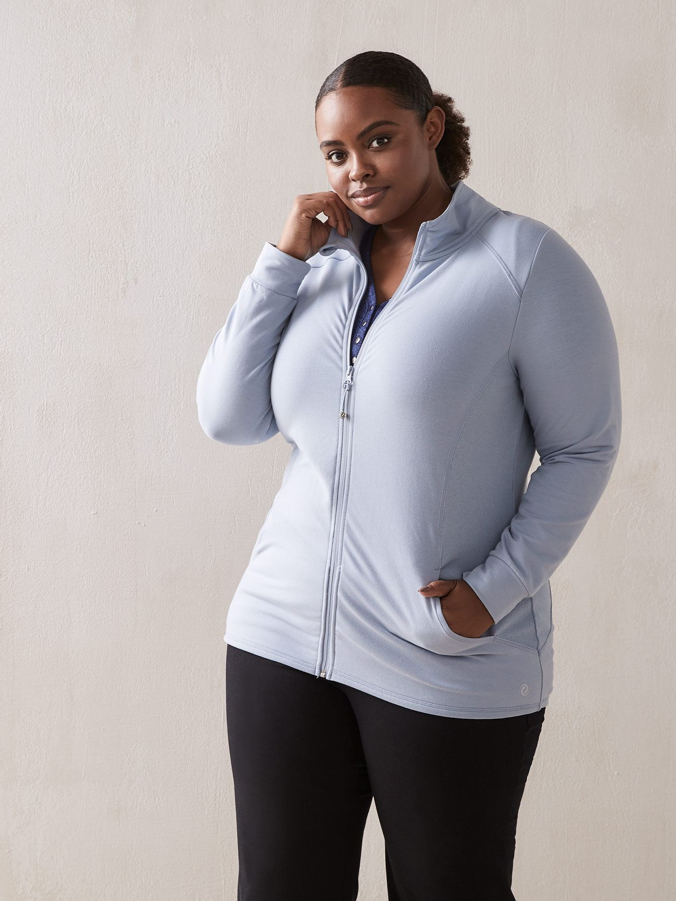 Long Sleeve Mock-Neck Jacket - ActiveZone