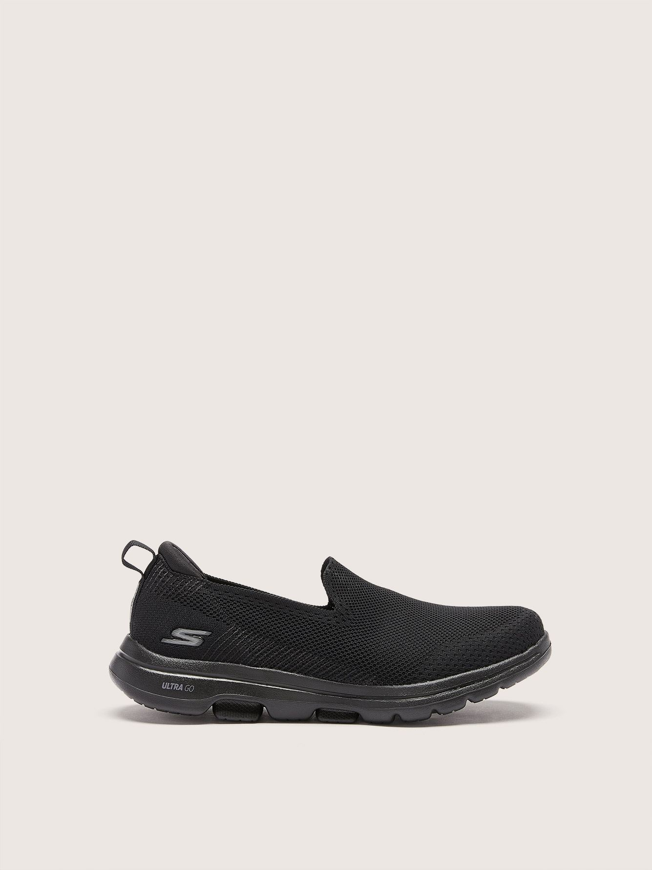 Wide GOWALK 5 Slip On Sneakers - Skechers