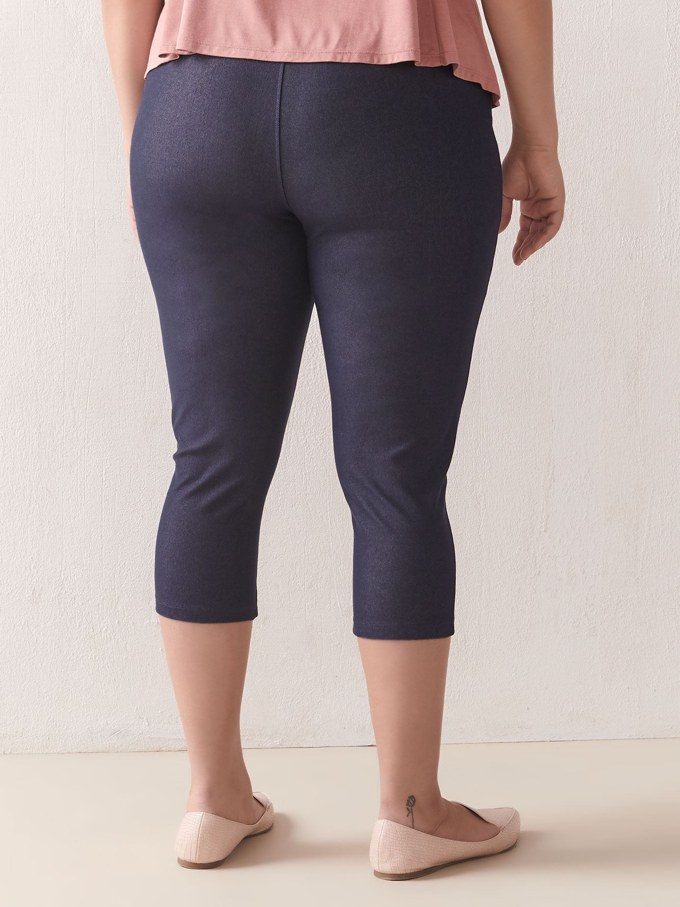 Solid Denim Capri Legging - Addition Elle