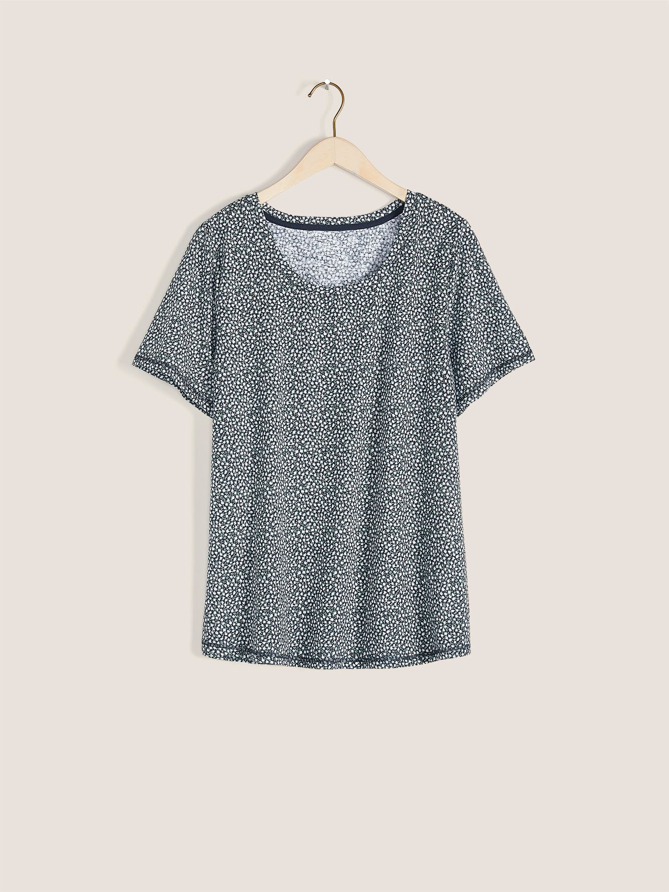 Essential Scoop-Neck T-Shirt - In Every Story