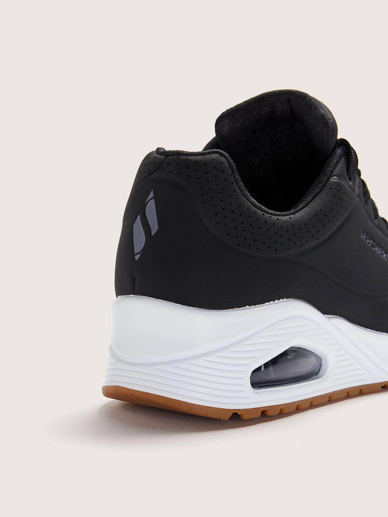 Wide Uno Stand On Air Sneaker - Skechers
