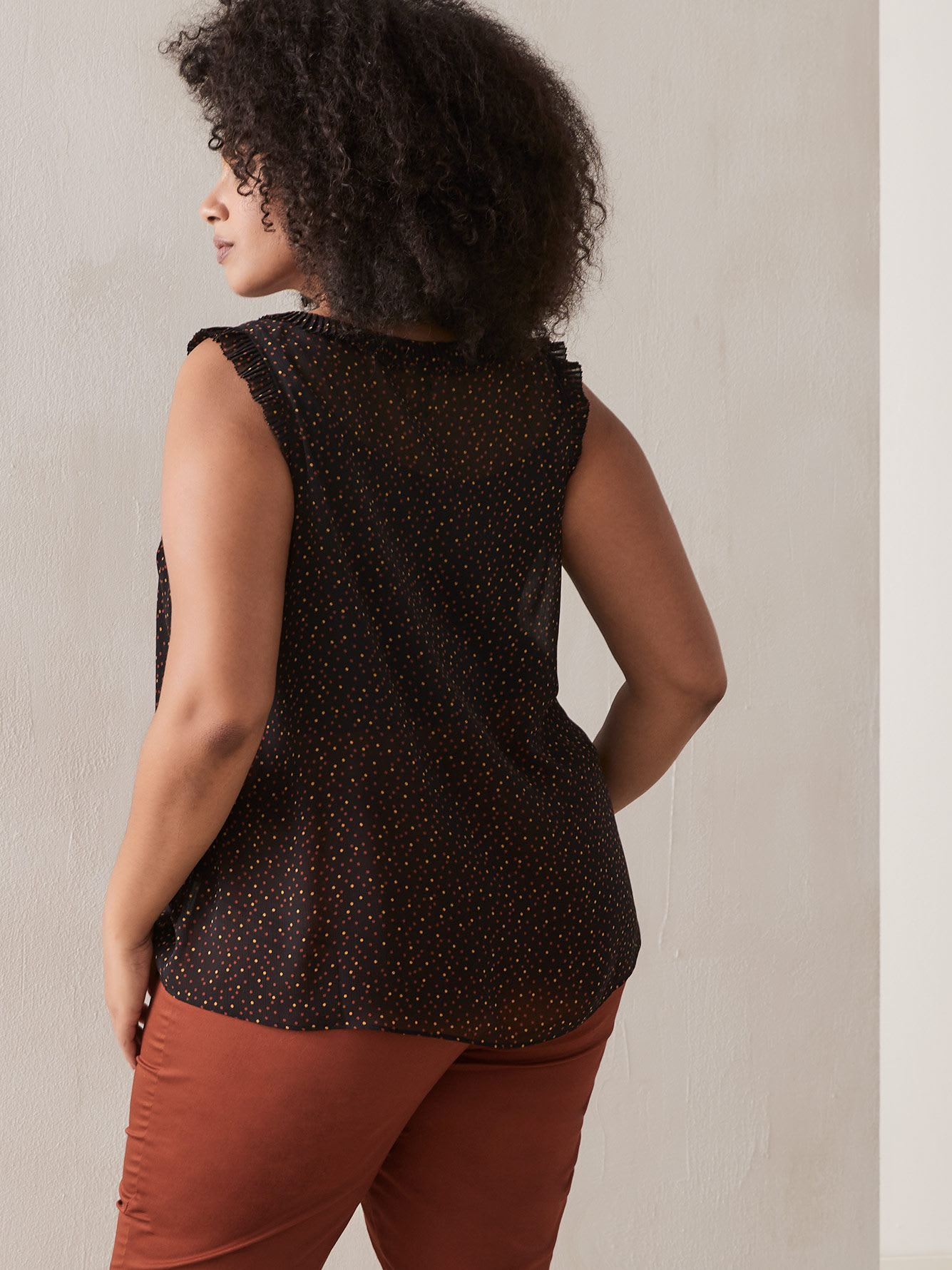 Sleeveless Georgette Blouse with Print