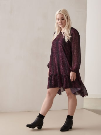 Ruffle Hem Shift Dress - Addition Elle