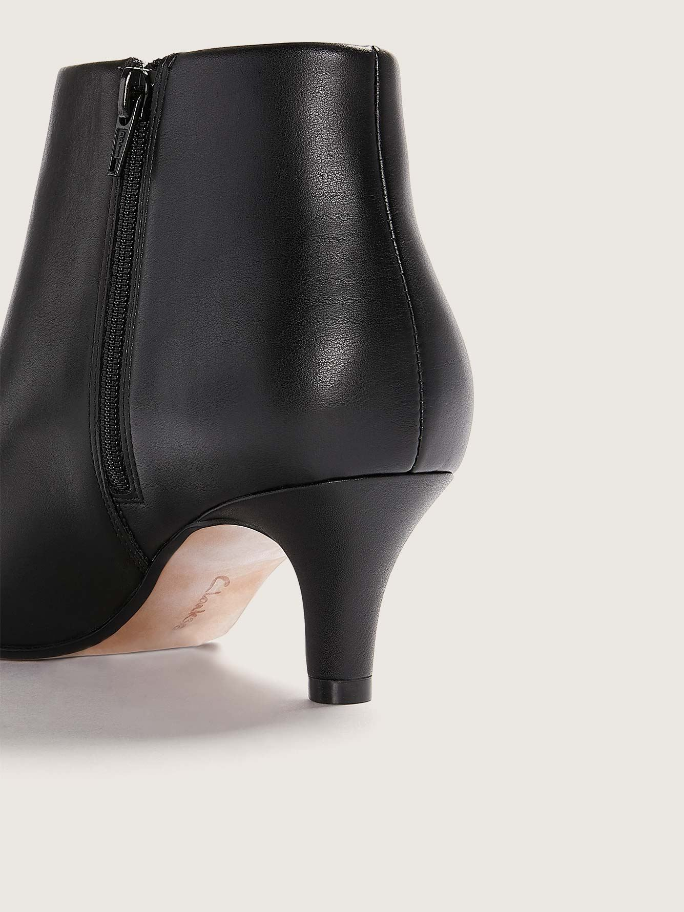 Clarks - Wide Leather Linvale Sea Pointed Toe Bootie