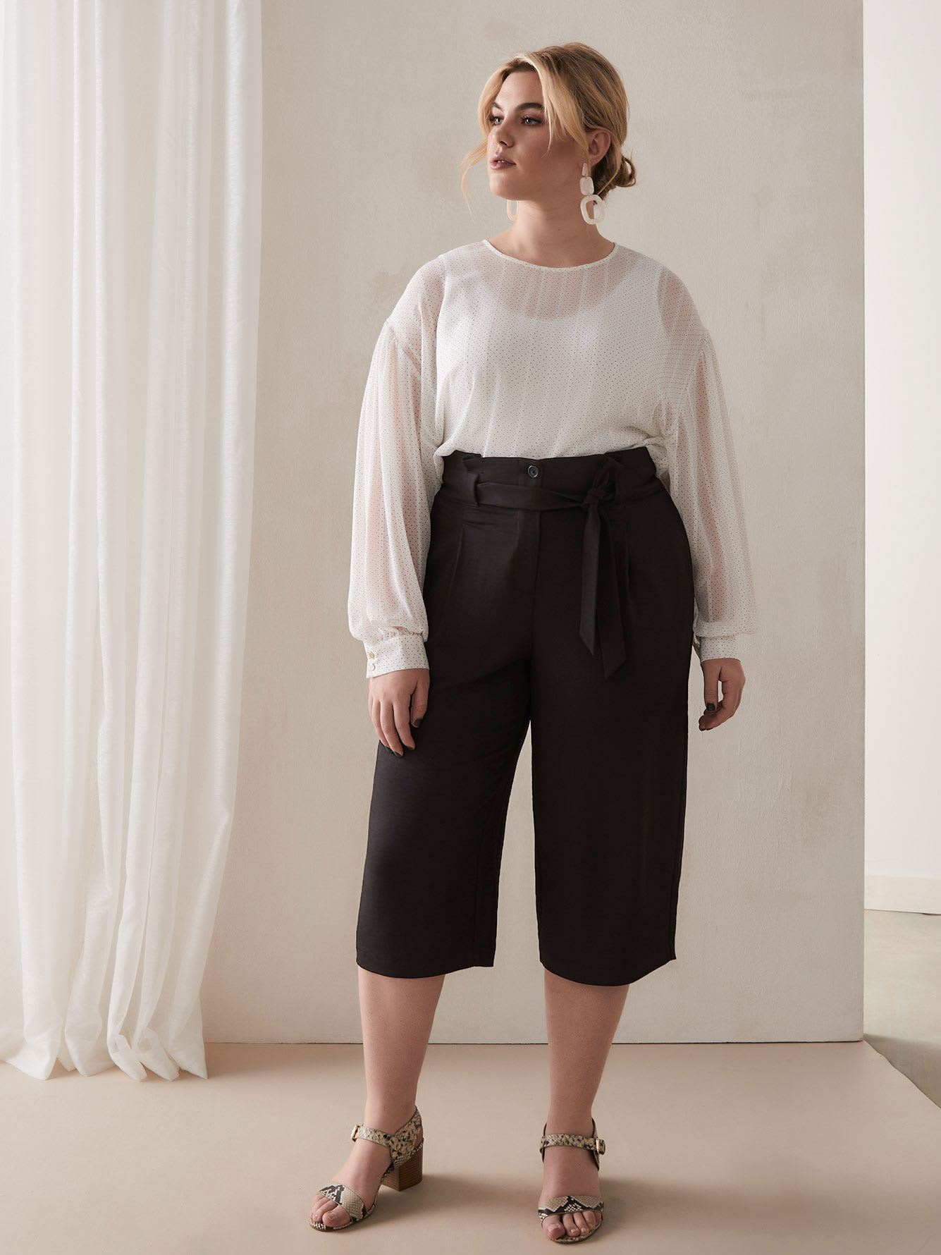 Bat Sleeve Cropped Blouse
