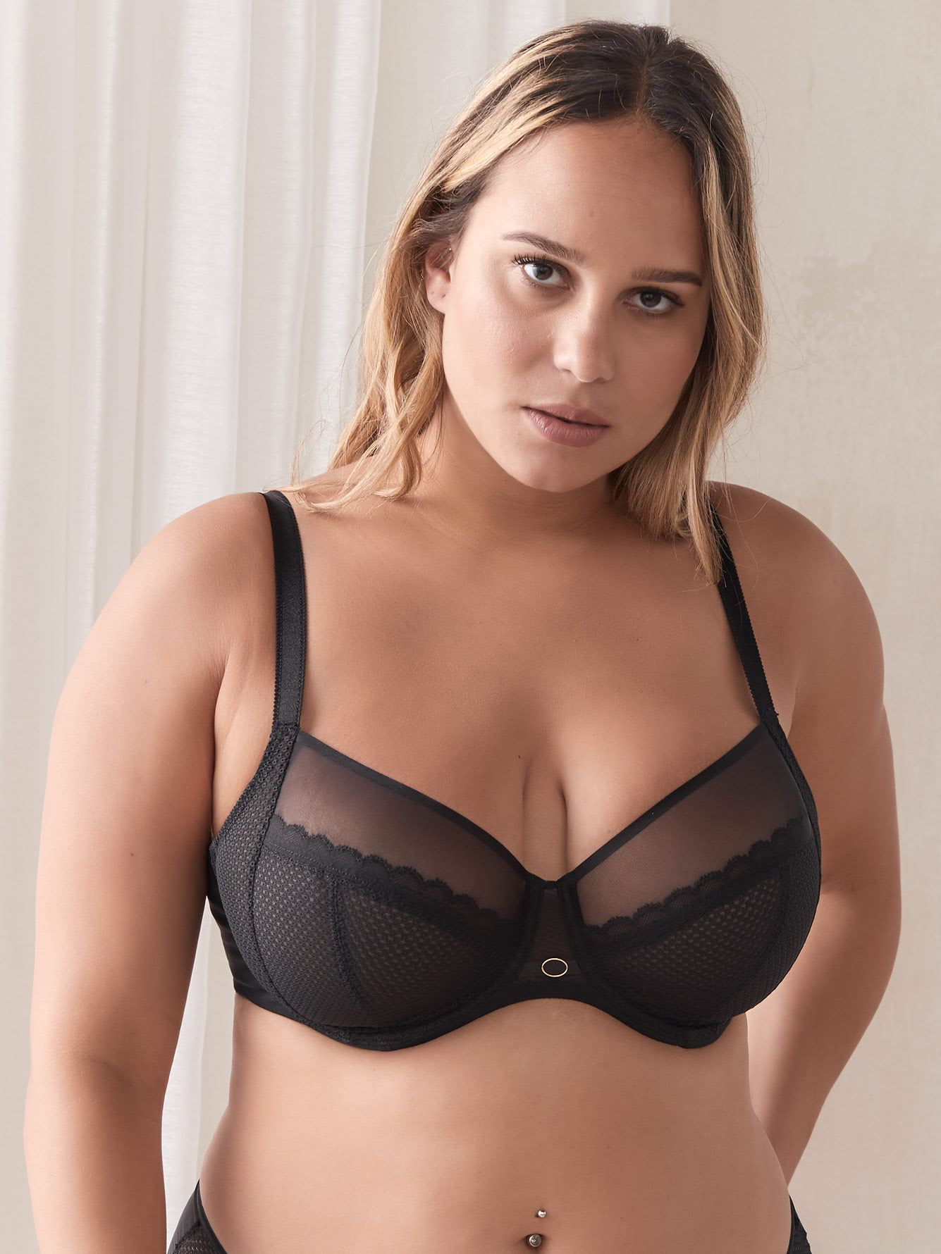 Parisian Allure Unlined Plunge Bra - Chantelle