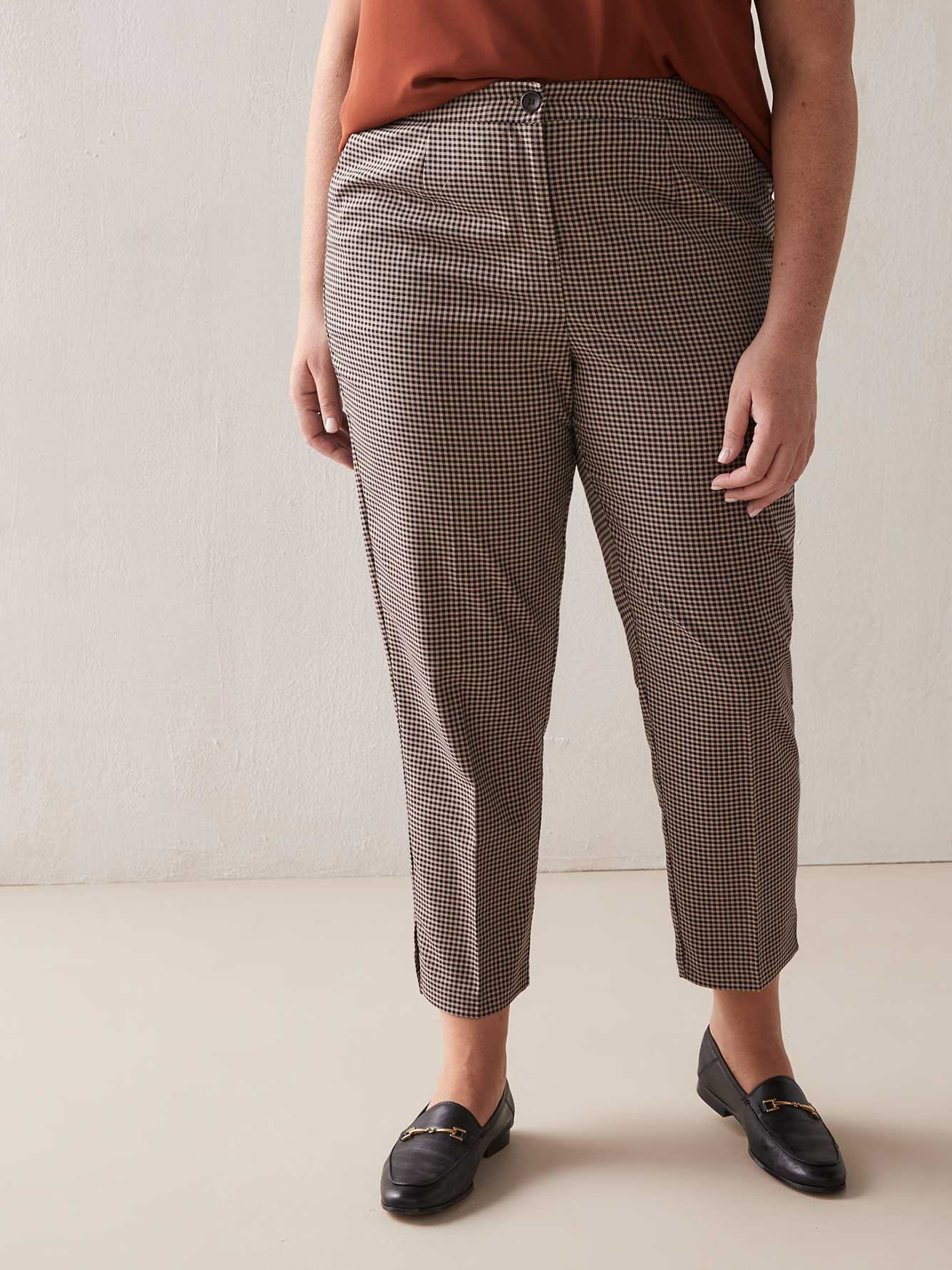 Slim Checkered Pants