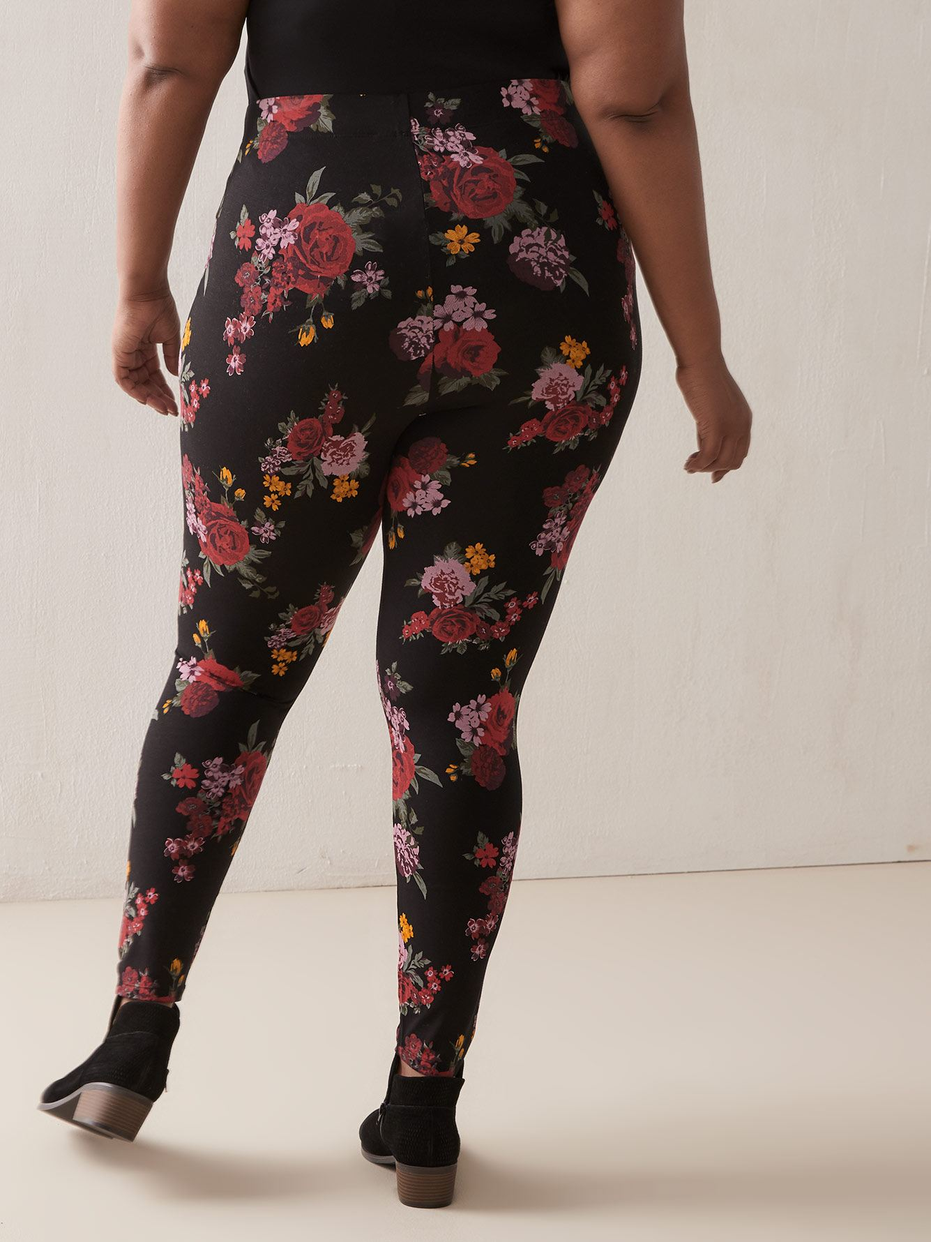 All-Over Printed Leggings - Addition Elle